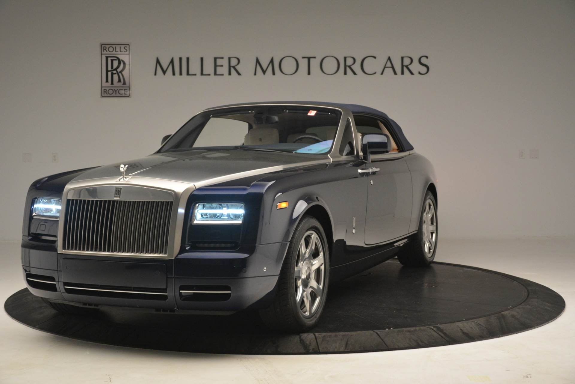 Used 2013 Rolls-Royce Phantom Drophead Coupe  For Sale In Greenwich, CT 2999_p17