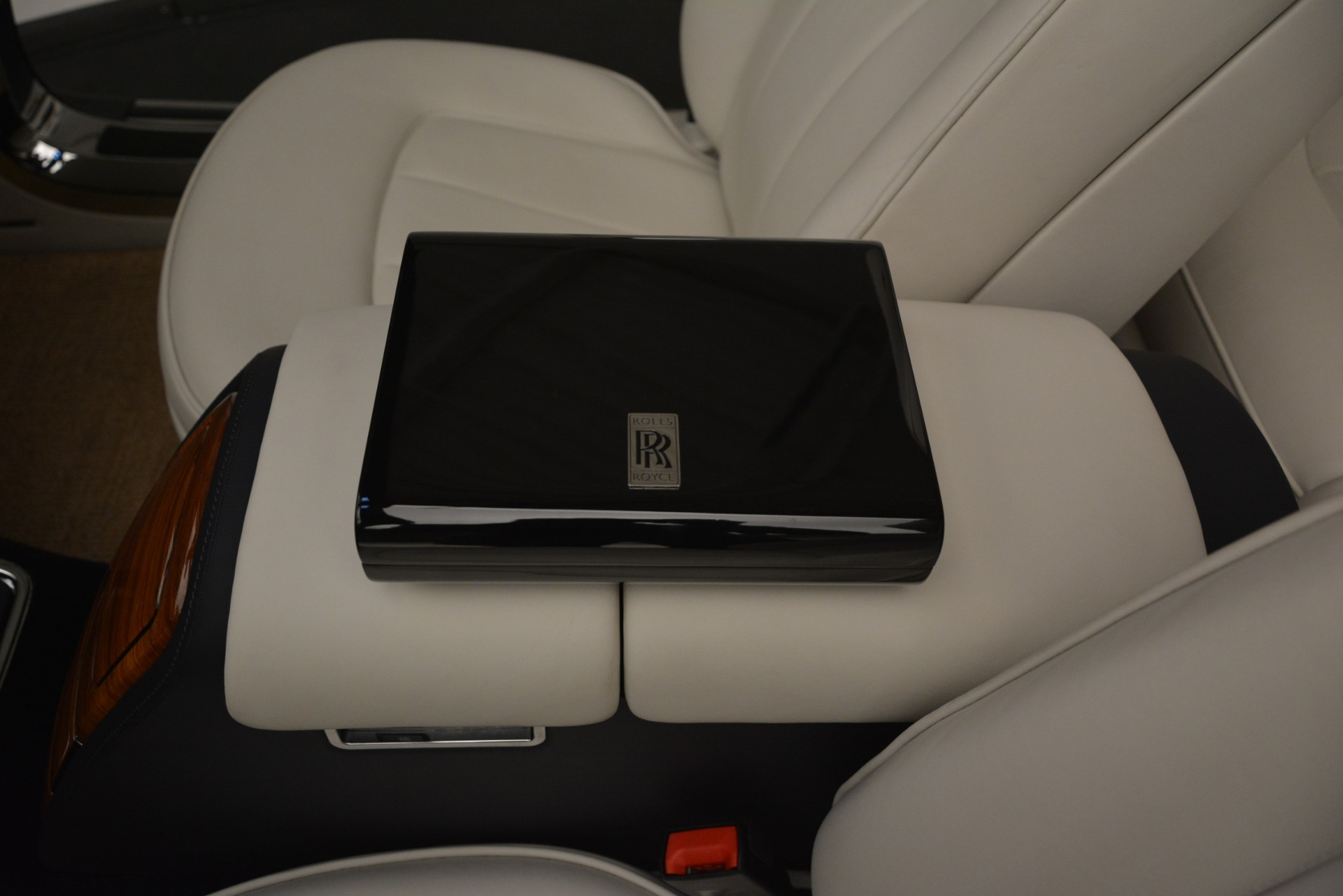 Used 2013 Rolls-Royce Phantom Drophead Coupe  For Sale In Greenwich, CT 2999_p42