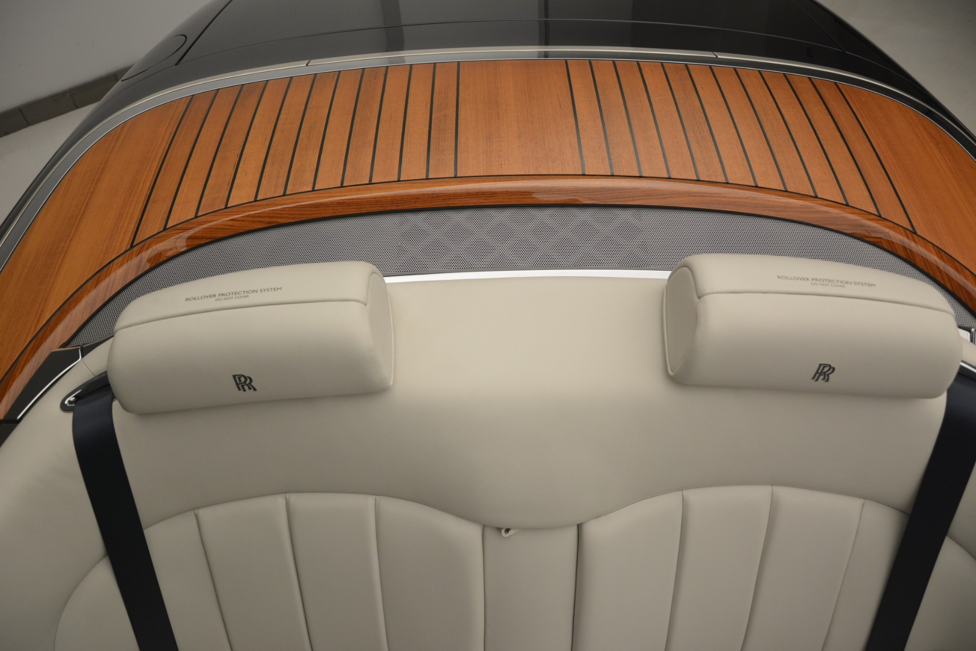Used 2013 Rolls-Royce Phantom Drophead Coupe  For Sale In Greenwich, CT 2999_p46