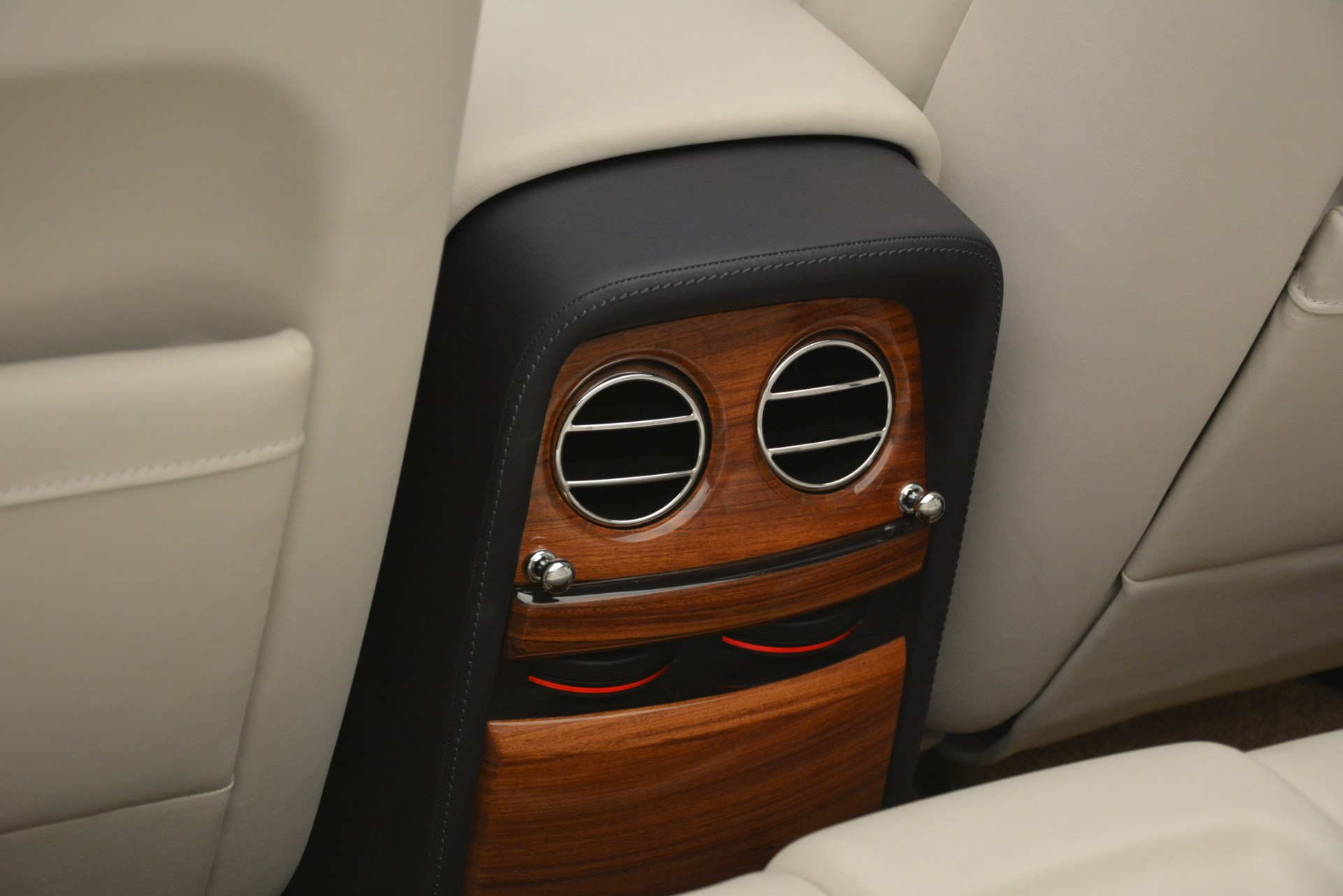 Used 2013 Rolls-Royce Phantom Drophead Coupe  For Sale In Greenwich, CT 2999_p49