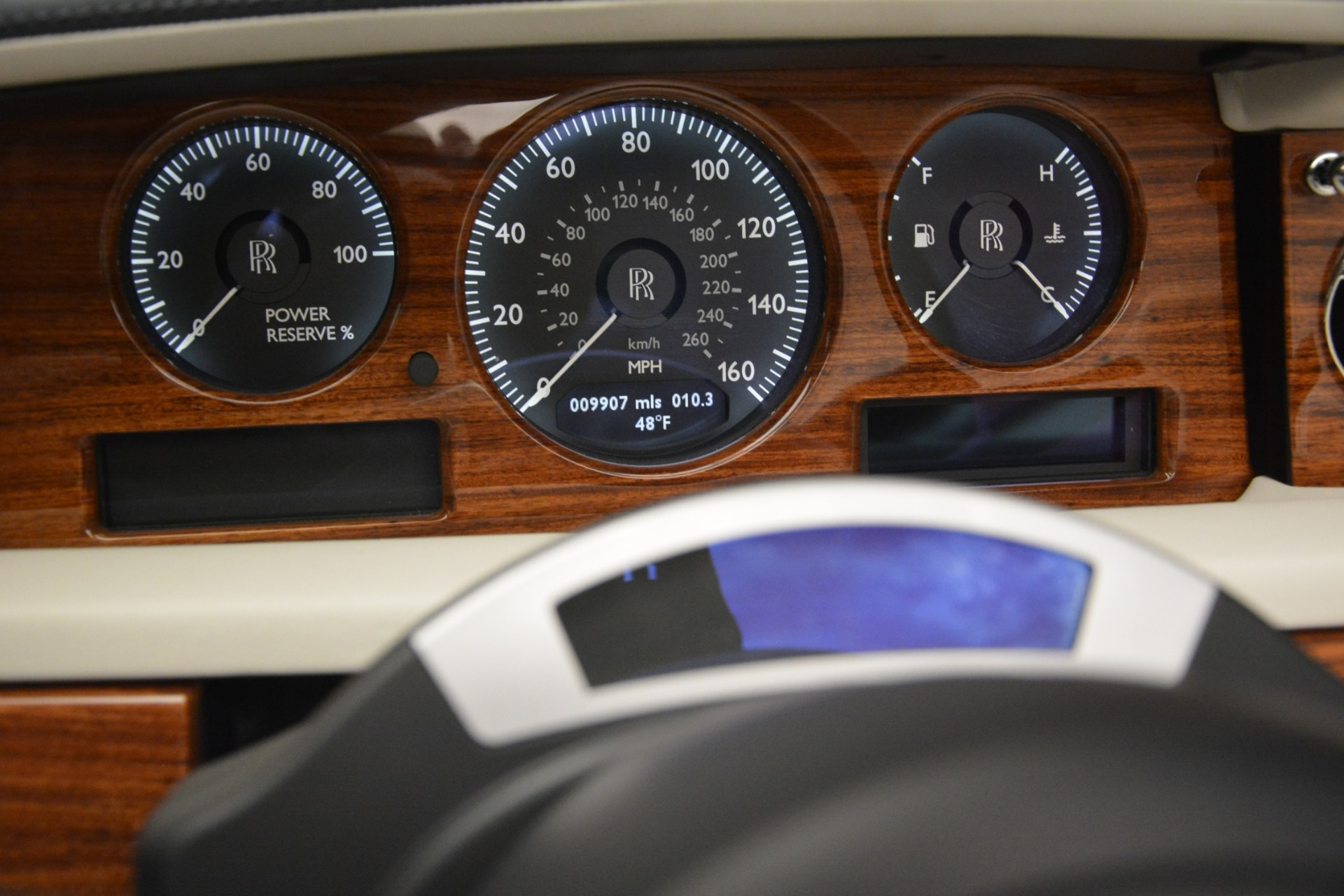 Used 2013 Rolls-Royce Phantom Drophead Coupe  For Sale In Greenwich, CT 2999_p52
