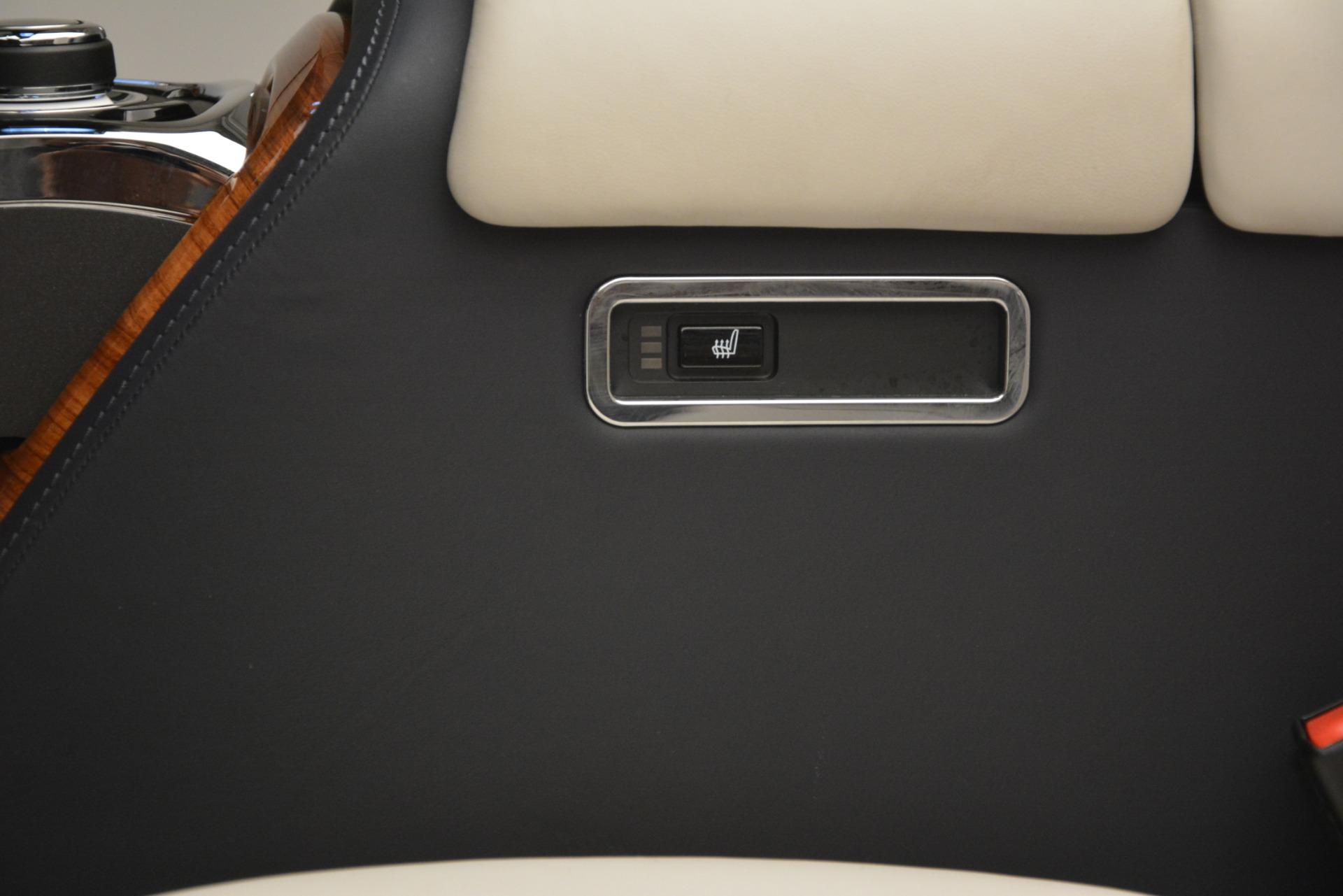Used 2013 Rolls-Royce Phantom Drophead Coupe  For Sale In Greenwich, CT 2999_p53