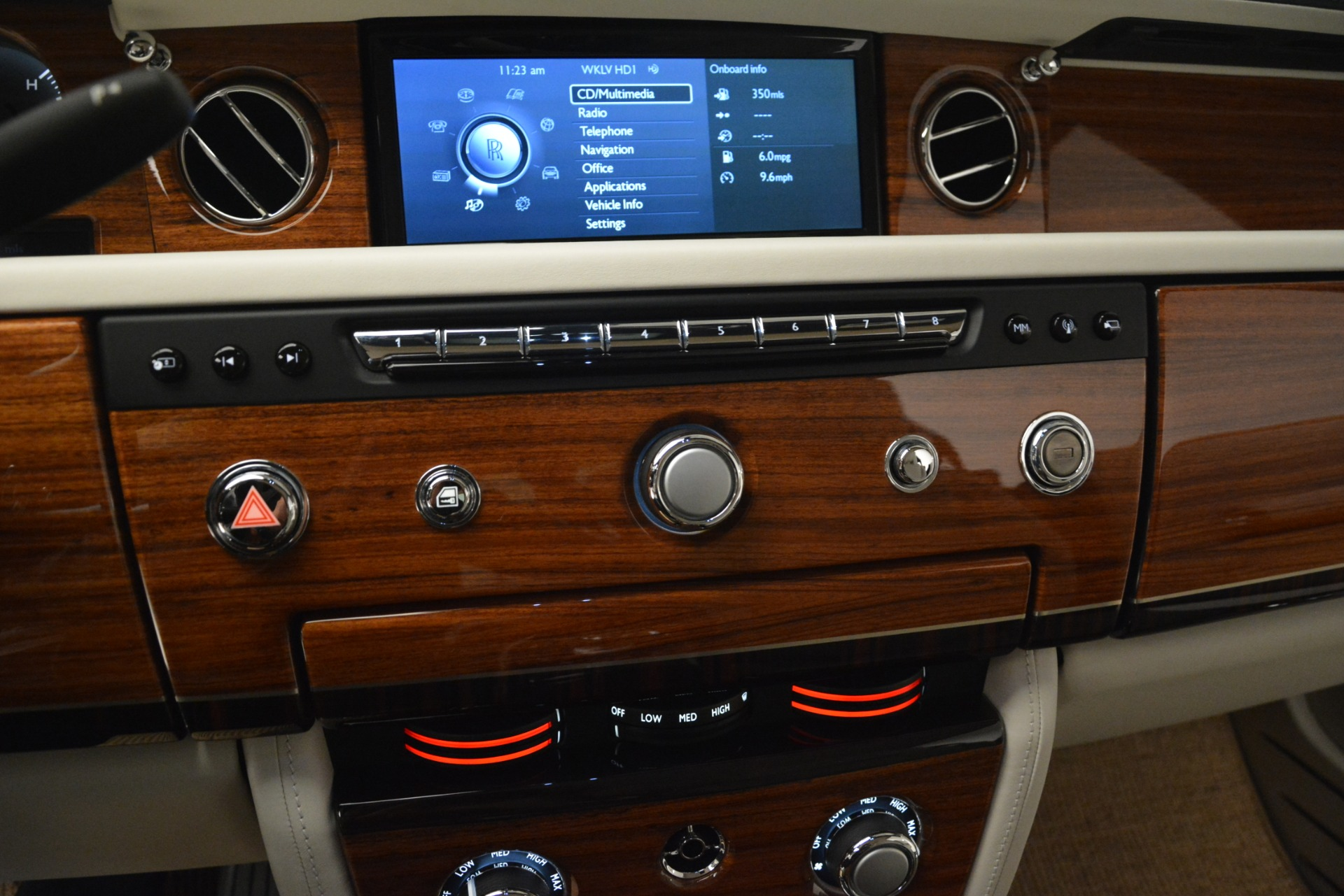 Used 2013 Rolls-Royce Phantom Drophead Coupe  For Sale In Greenwich, CT 2999_p55
