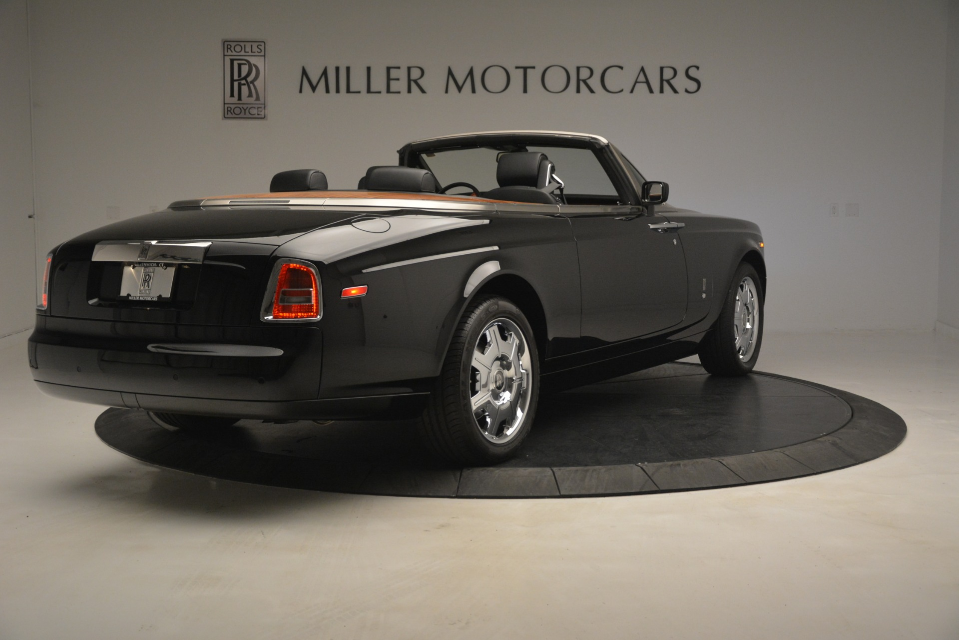 Used 2008 Rolls-Royce Phantom Drophead Coupe  For Sale In Greenwich, CT 3000_p11