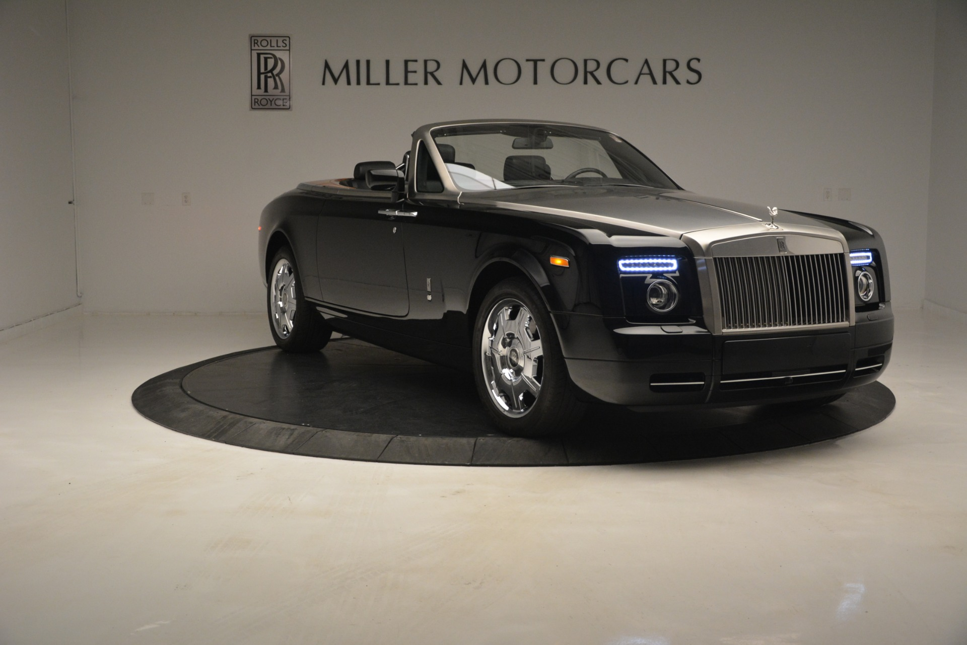 Used 2008 Rolls-Royce Phantom Drophead Coupe  For Sale In Greenwich, CT 3000_p16