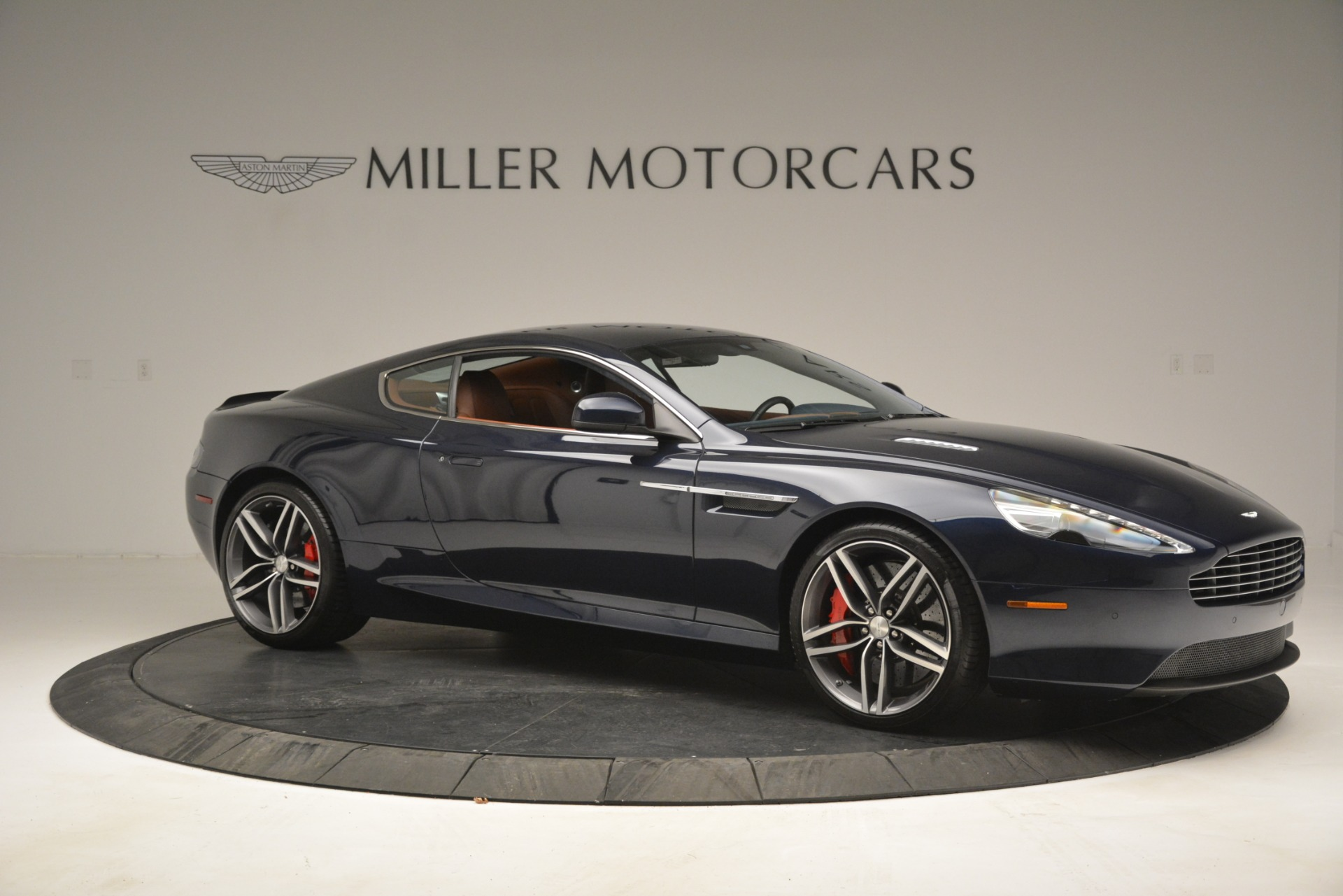 Used 2014 Aston Martin DB9 Coupe For Sale In Greenwich, CT 3010_p10