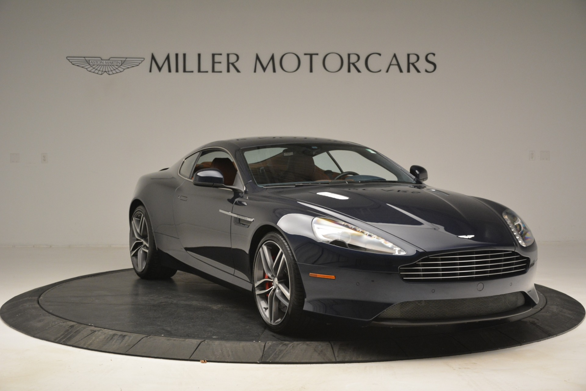 Used 2014 Aston Martin DB9 Coupe For Sale In Greenwich, CT 3010_p11