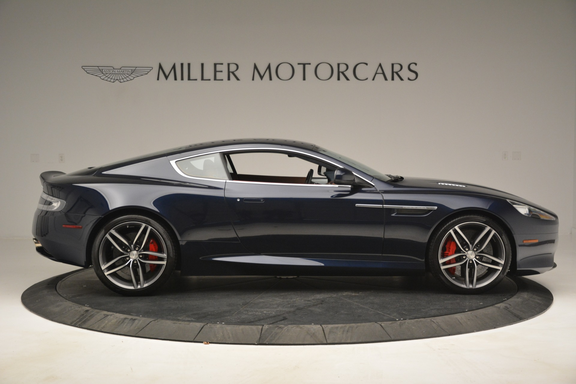 Used 2014 Aston Martin DB9 Coupe For Sale In Greenwich, CT 3010_p9