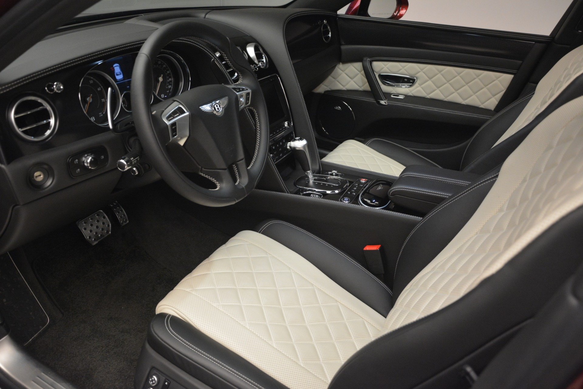 Used 2018 Bentley Flying Spur W12 S For Sale In Greenwich, CT 3014_p18
