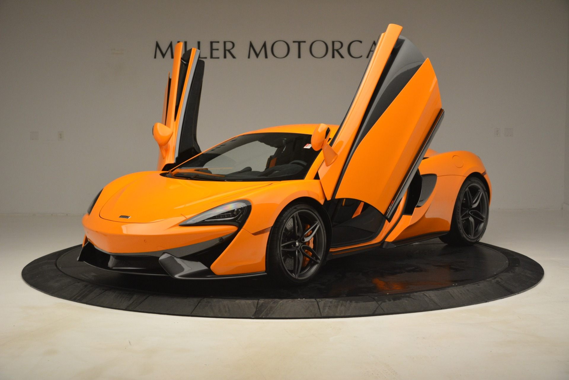 New 2019 McLaren 570S Coupe For Sale In Greenwich, CT 3027_p14