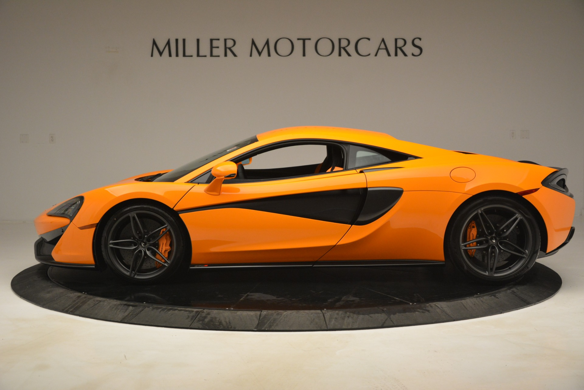 New 2019 McLaren 570S Coupe For Sale In Greenwich, CT 3027_p3