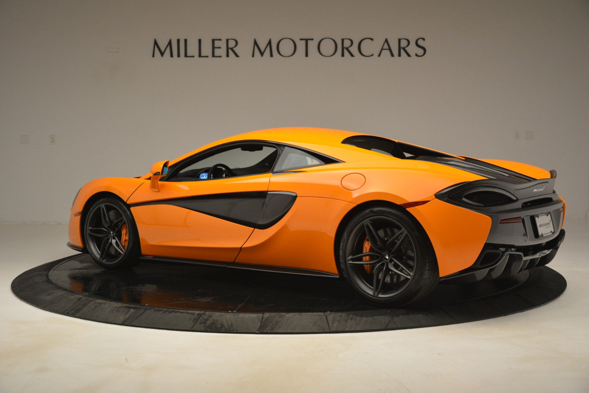 New 2019 McLaren 570S Coupe For Sale In Greenwich, CT 3027_p4