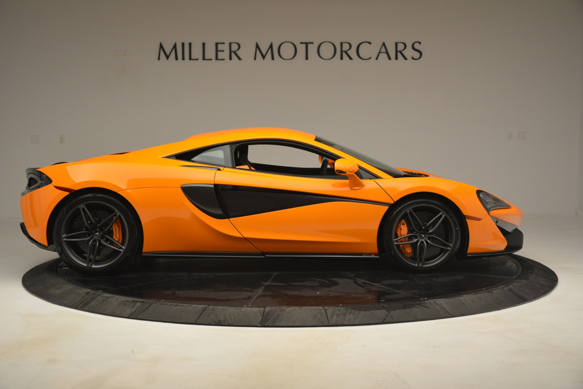 New 2019 McLaren 570S Coupe For Sale In Greenwich, CT 3027_p9
