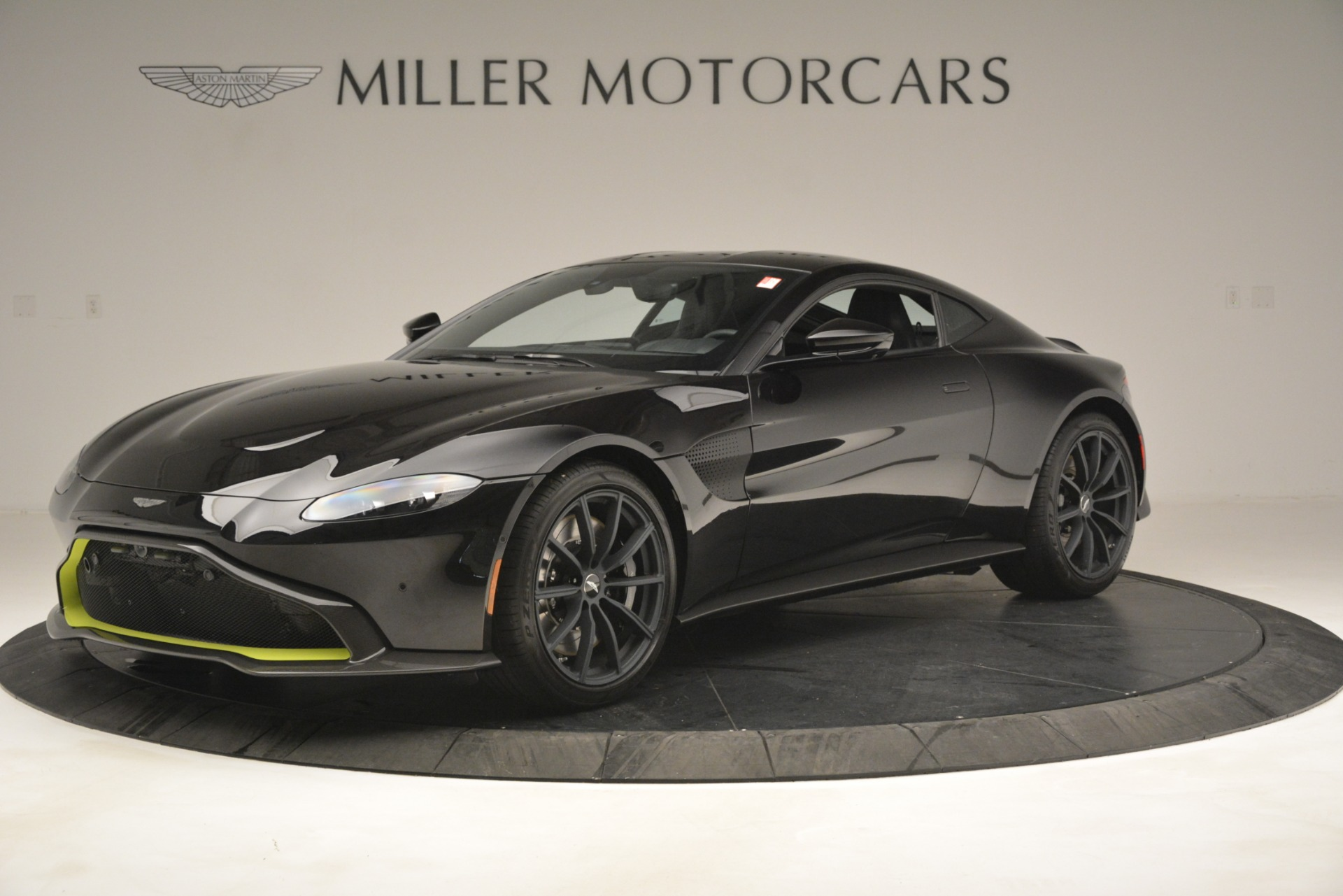 New 2019 Aston Martin Vantage Coupe For Sale In Greenwich, CT 3030_main