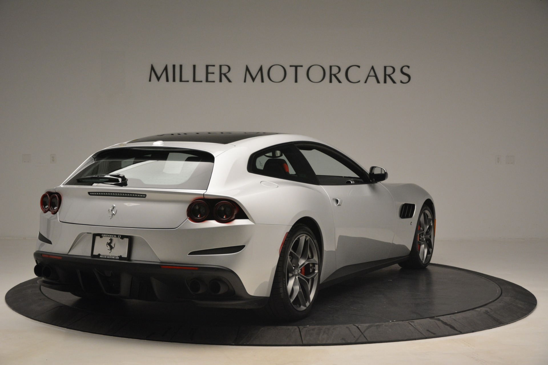 Used 2018 Ferrari GTC4LussoT V8 For Sale In Greenwich, CT 3031_p7