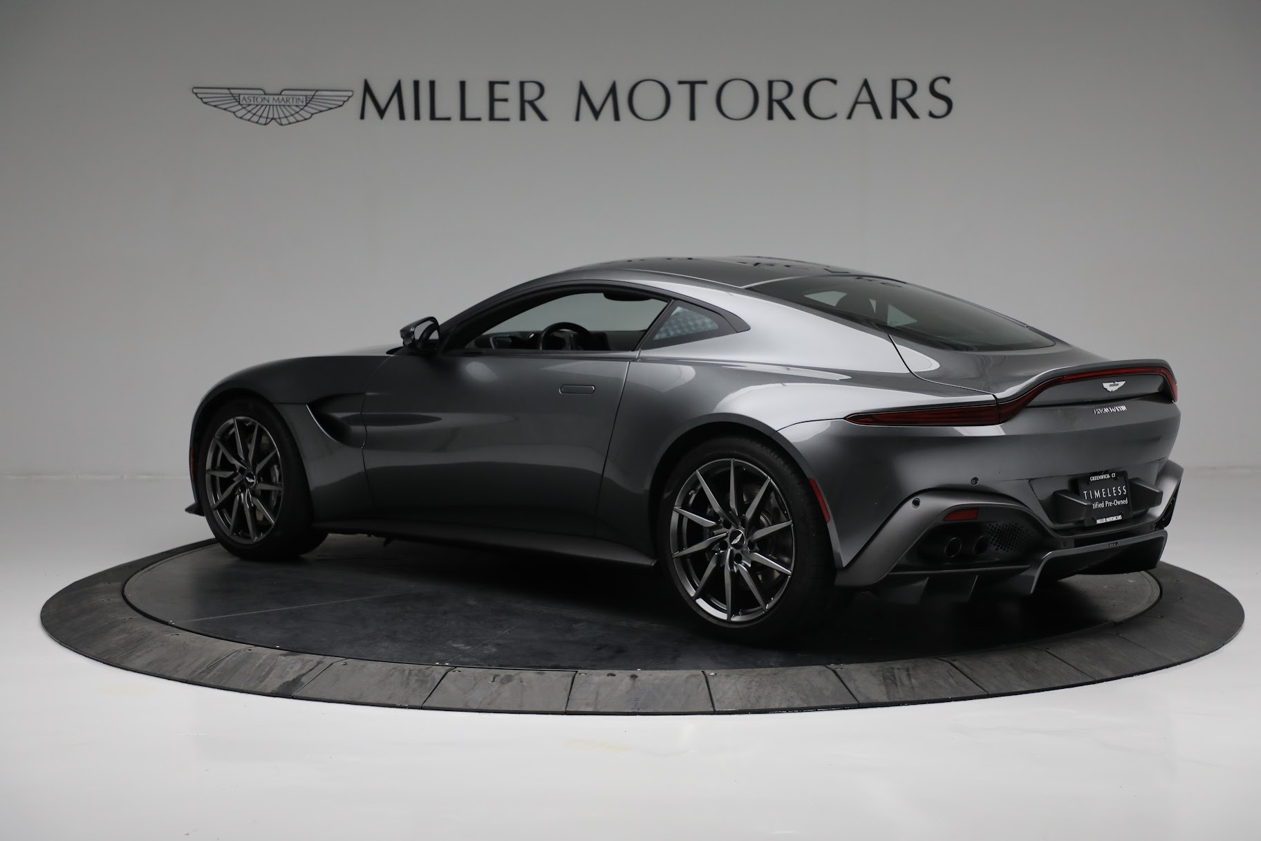 New 2019 Aston Martin Vantage Coupe For Sale In Greenwich, CT 3032_p3