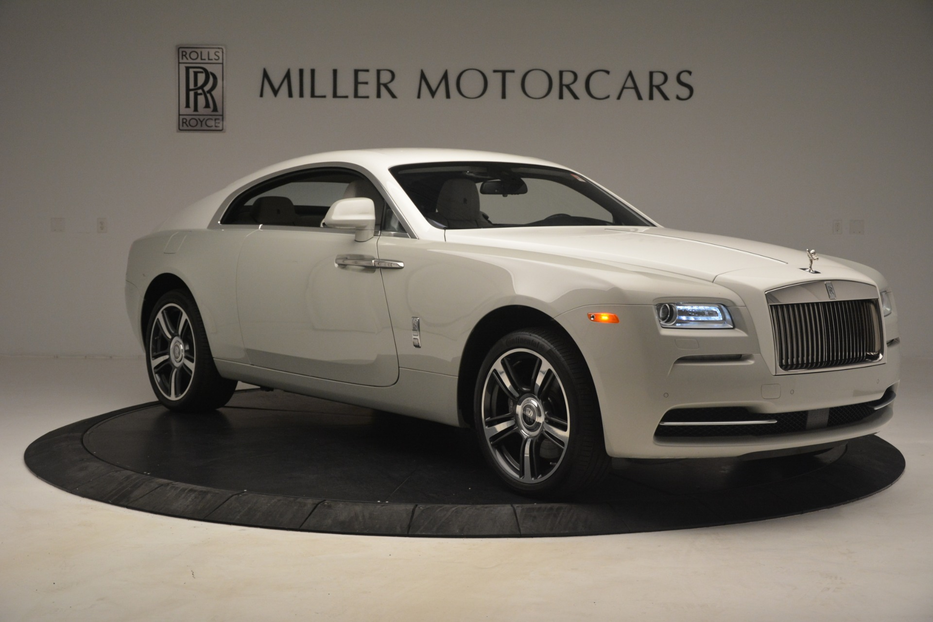 Used 2016 Rolls-Royce Wraith  For Sale In Greenwich, CT 3043_p12