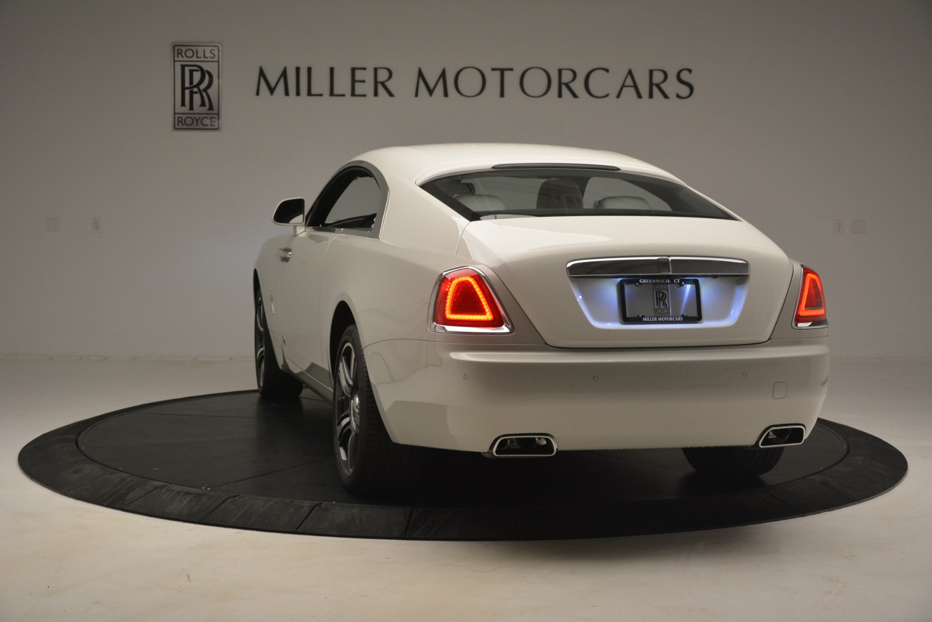Used 2016 Rolls-Royce Wraith  For Sale In Greenwich, CT 3043_p7
