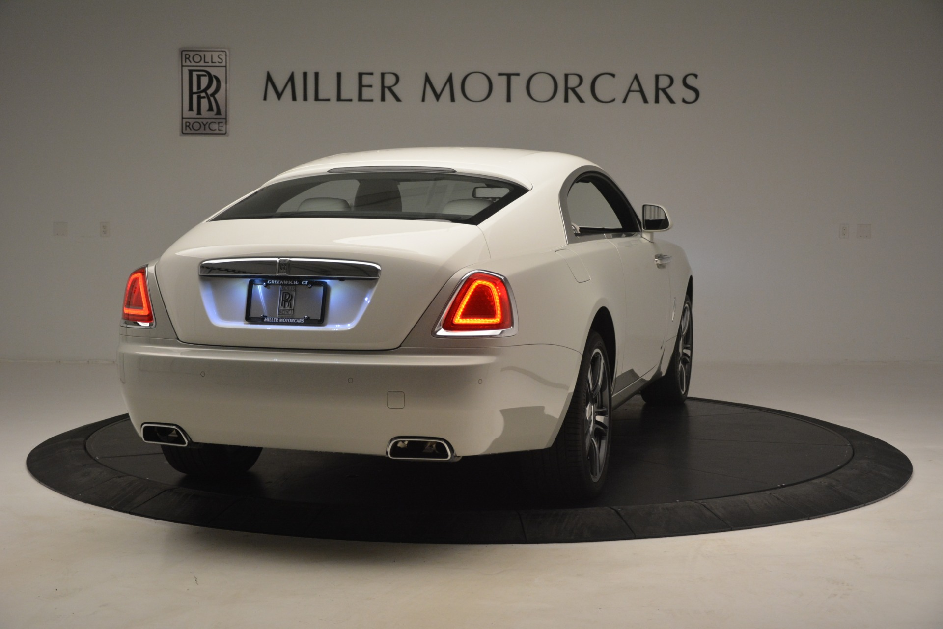 Used 2016 Rolls-Royce Wraith  For Sale In Greenwich, CT 3043_p9