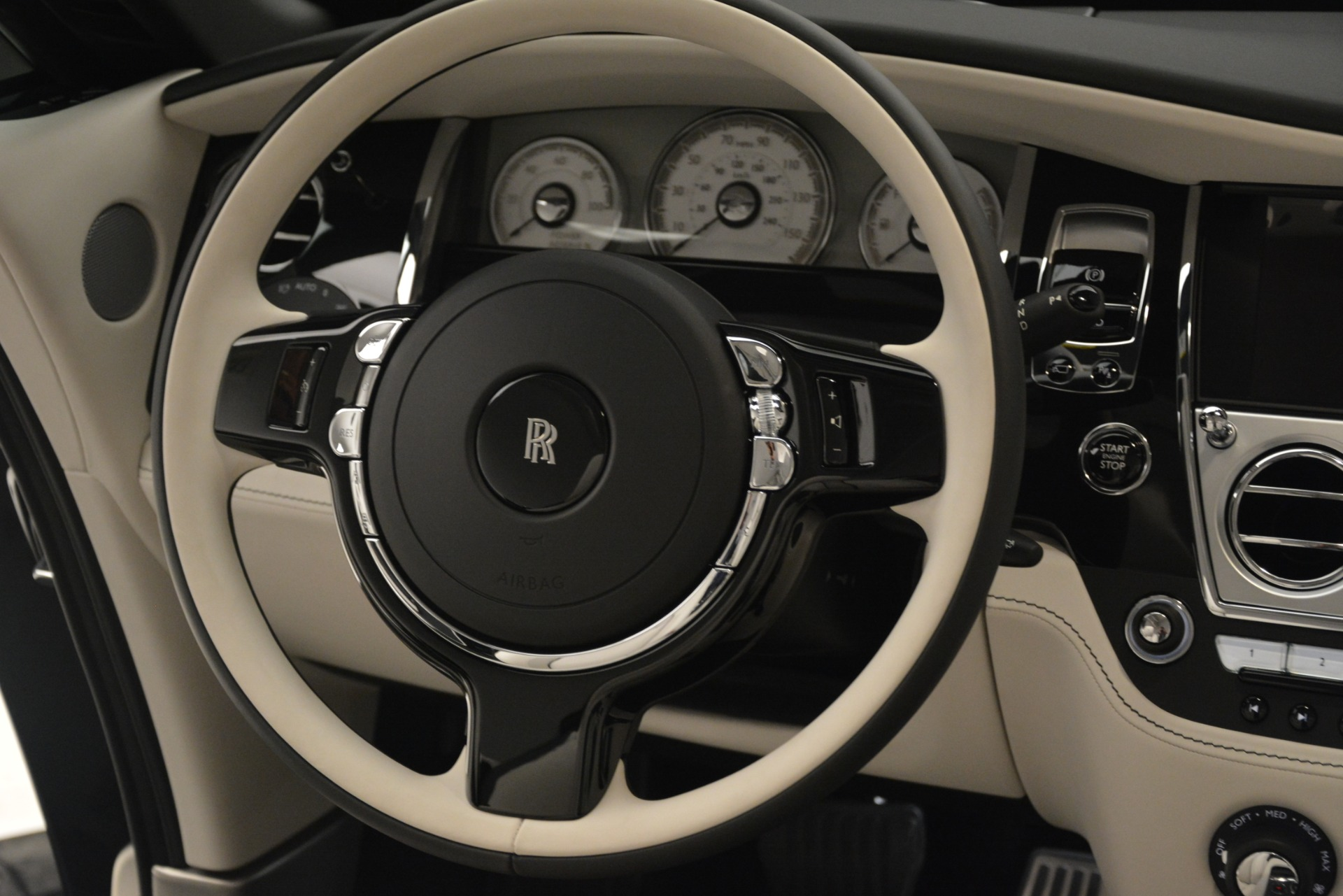 Used 2018 Rolls-Royce Dawn  For Sale In Greenwich, CT 3044_p40
