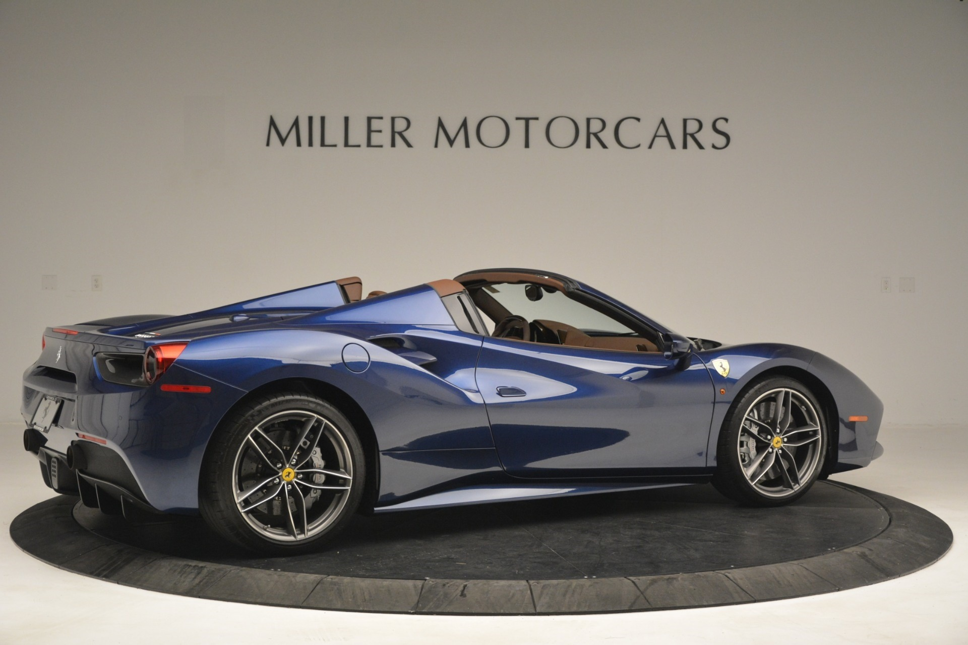 Used 2018 Ferrari 488 Spider  For Sale In Greenwich, CT 3045_p8
