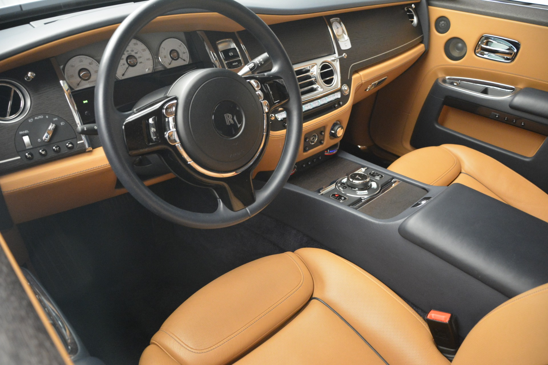 Used 2016 Rolls-Royce Ghost  For Sale In Greenwich, CT 3050_p16