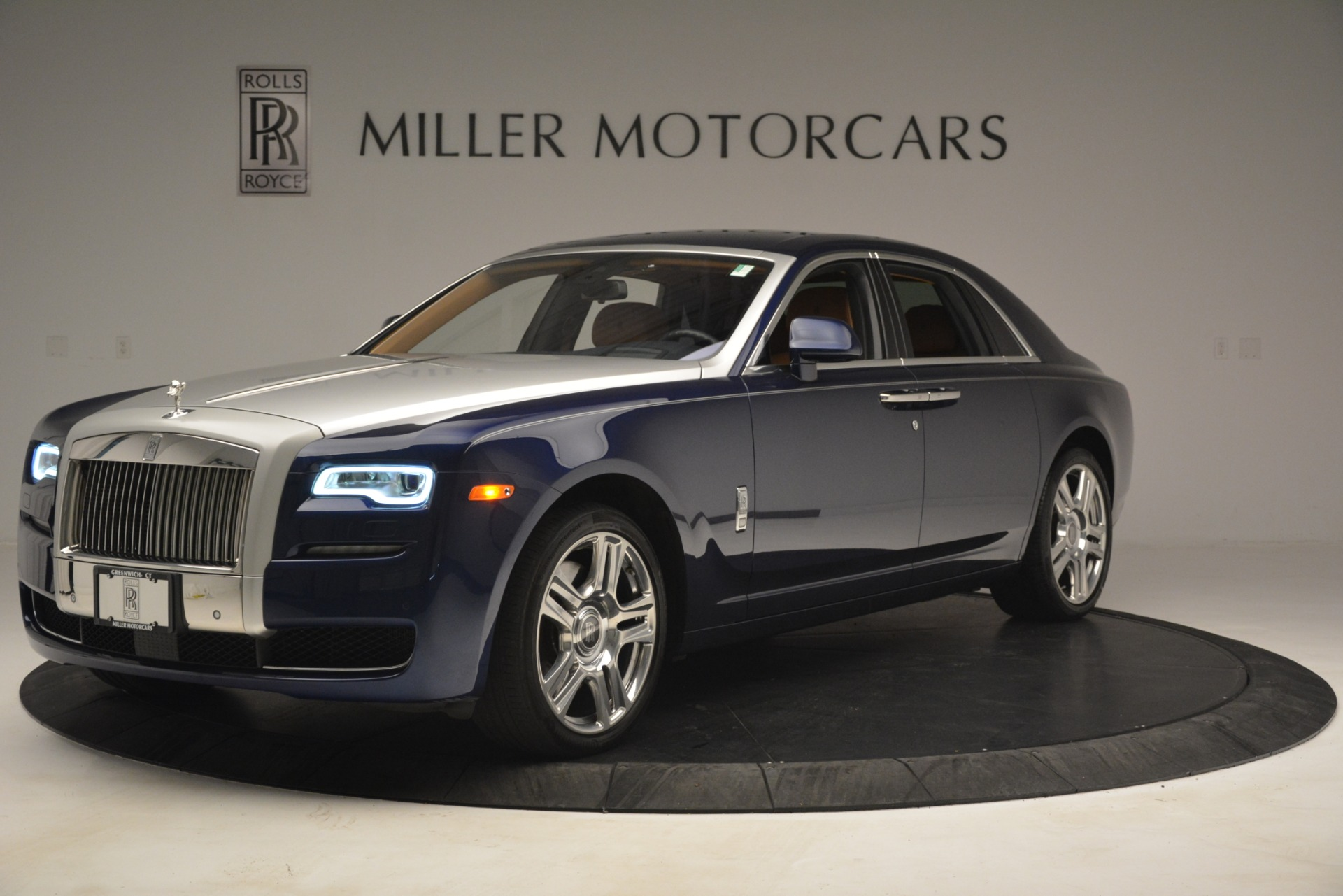Used 2016 Rolls-Royce Ghost  For Sale In Greenwich, CT 3050_p2