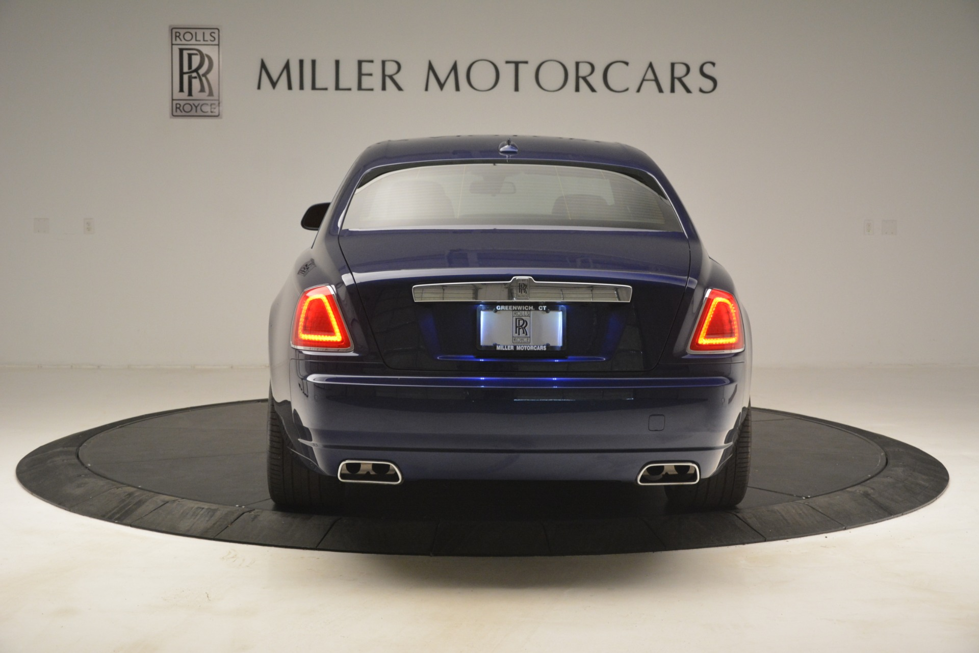 Used 2016 Rolls-Royce Ghost  For Sale In Greenwich, CT 3050_p7