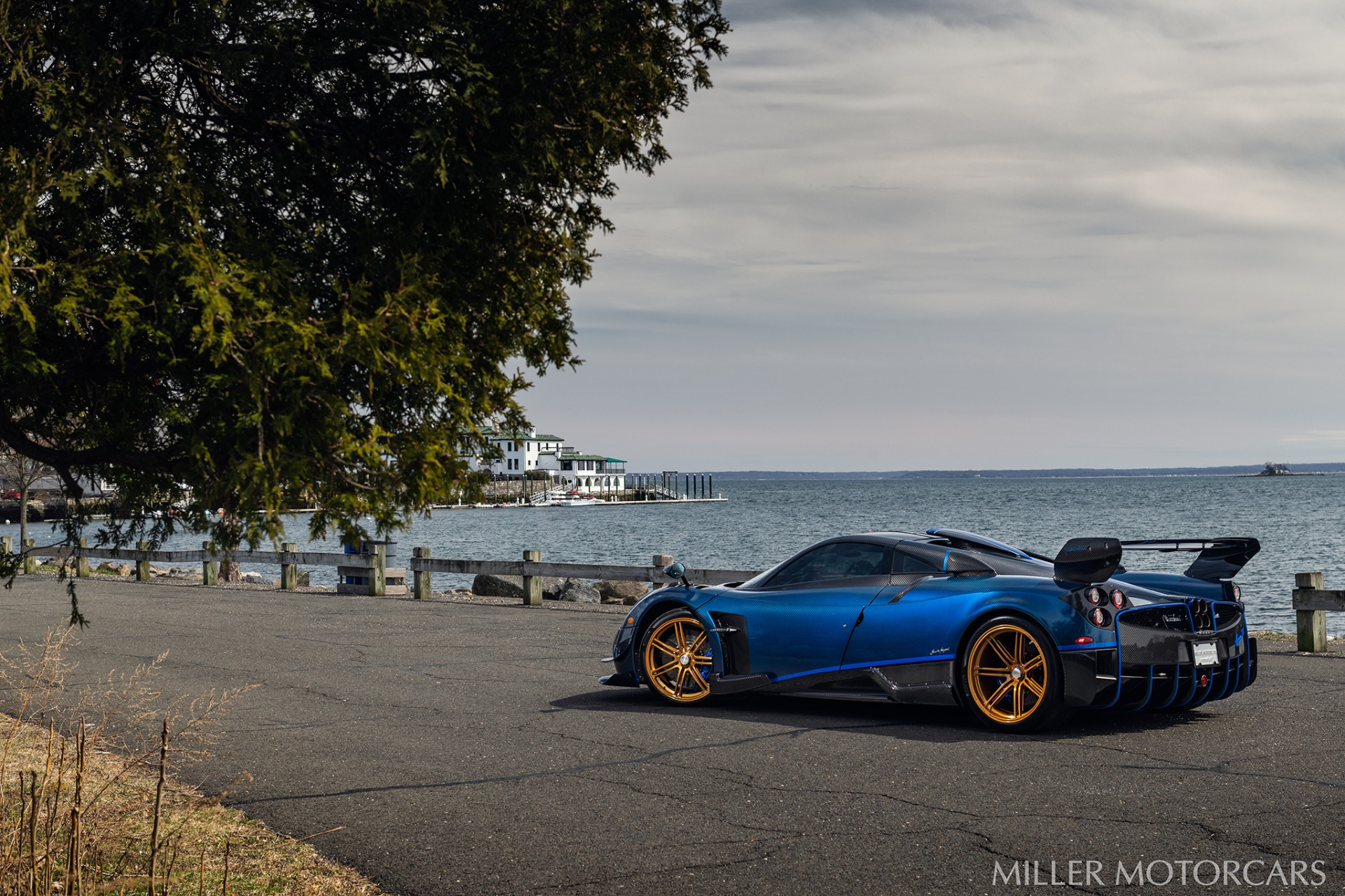 Used 2017 Pagani Huayra BC Macchina Volante For Sale In Greenwich, CT 3051_p10