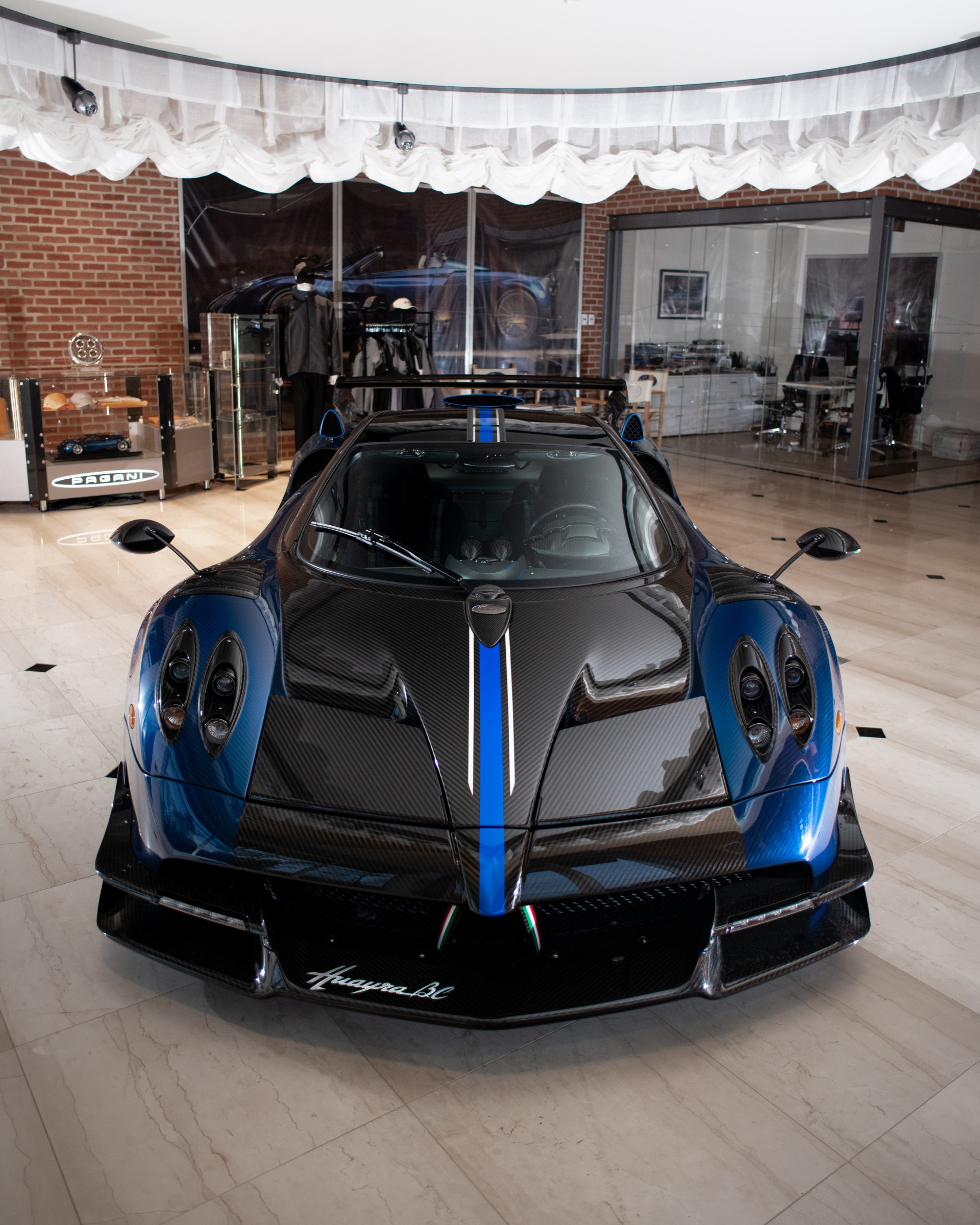 Used 2017 Pagani Huayra BC Macchina Volante For Sale In Greenwich, CT 3051_p6