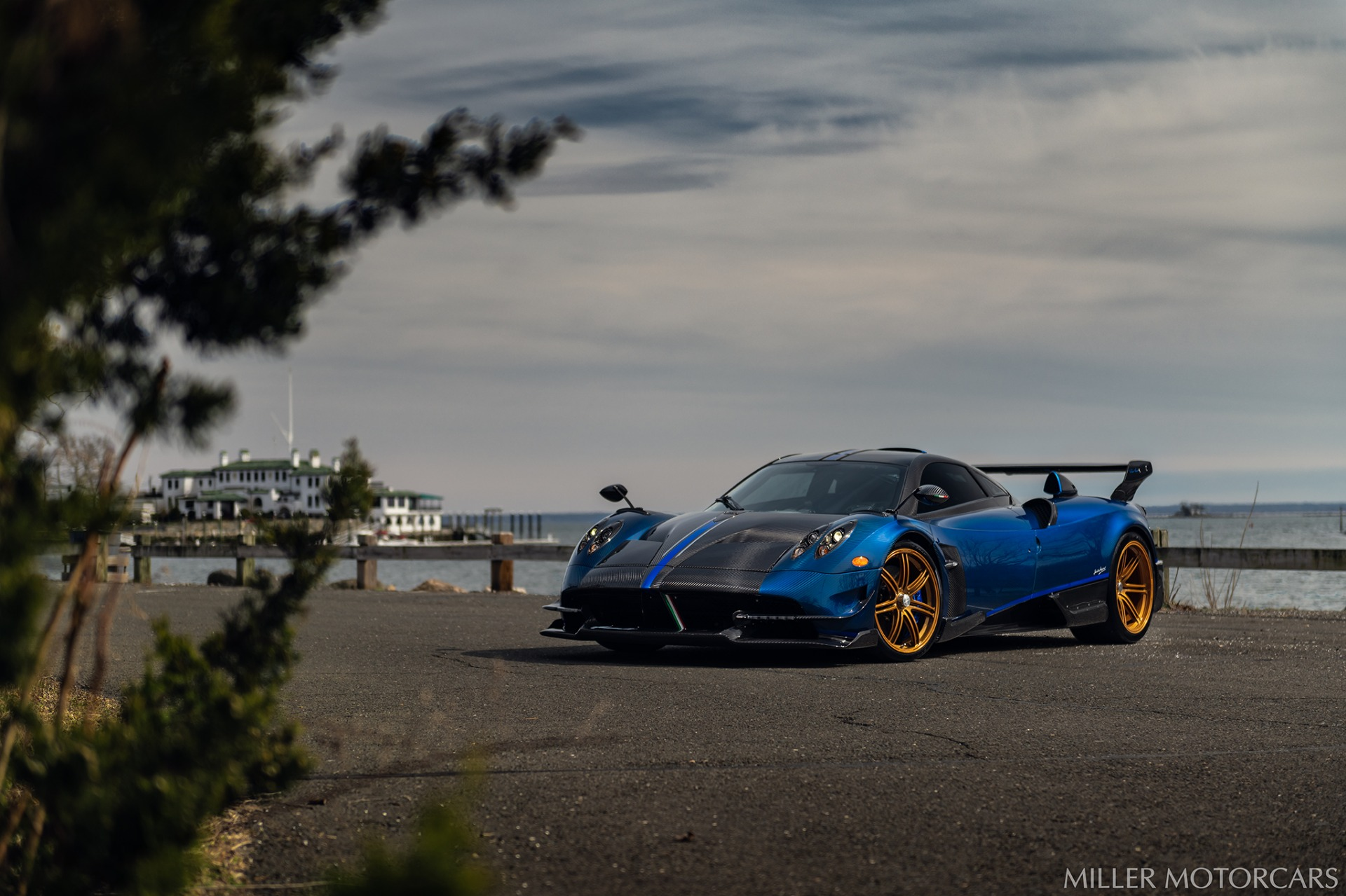 Used 2017 Pagani Huayra BC Macchina Volante For Sale In Greenwich, CT 3051_p8