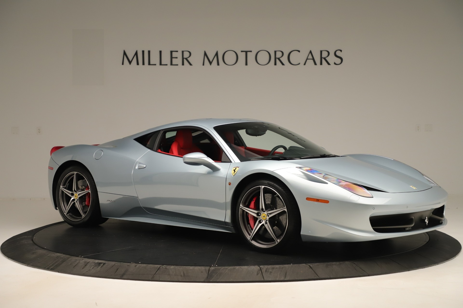 Used 2015 Ferrari 458 Italia  For Sale In Greenwich, CT 3052_p10