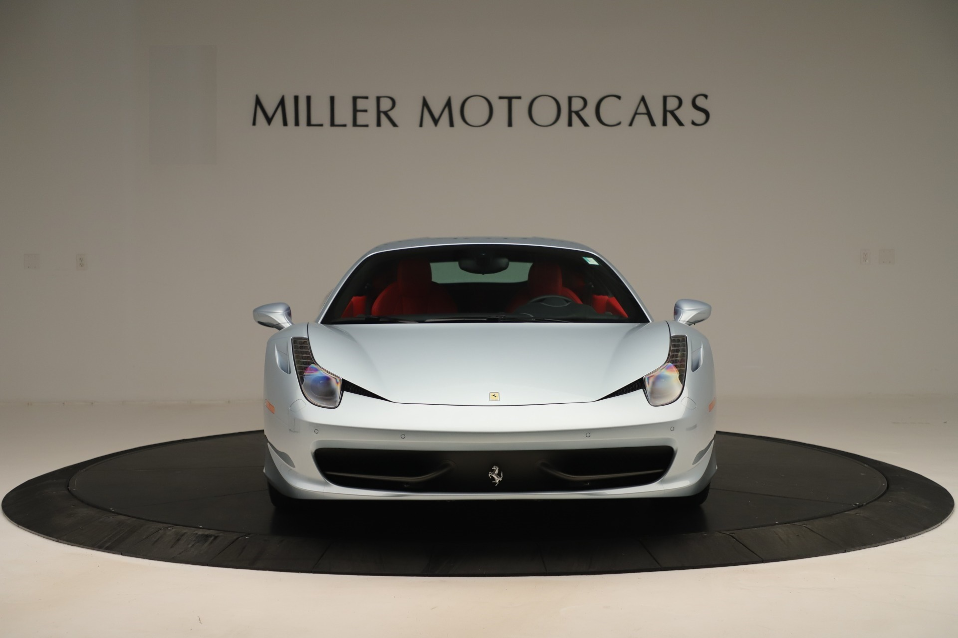 Used 2015 Ferrari 458 Italia  For Sale In Greenwich, CT 3052_p12