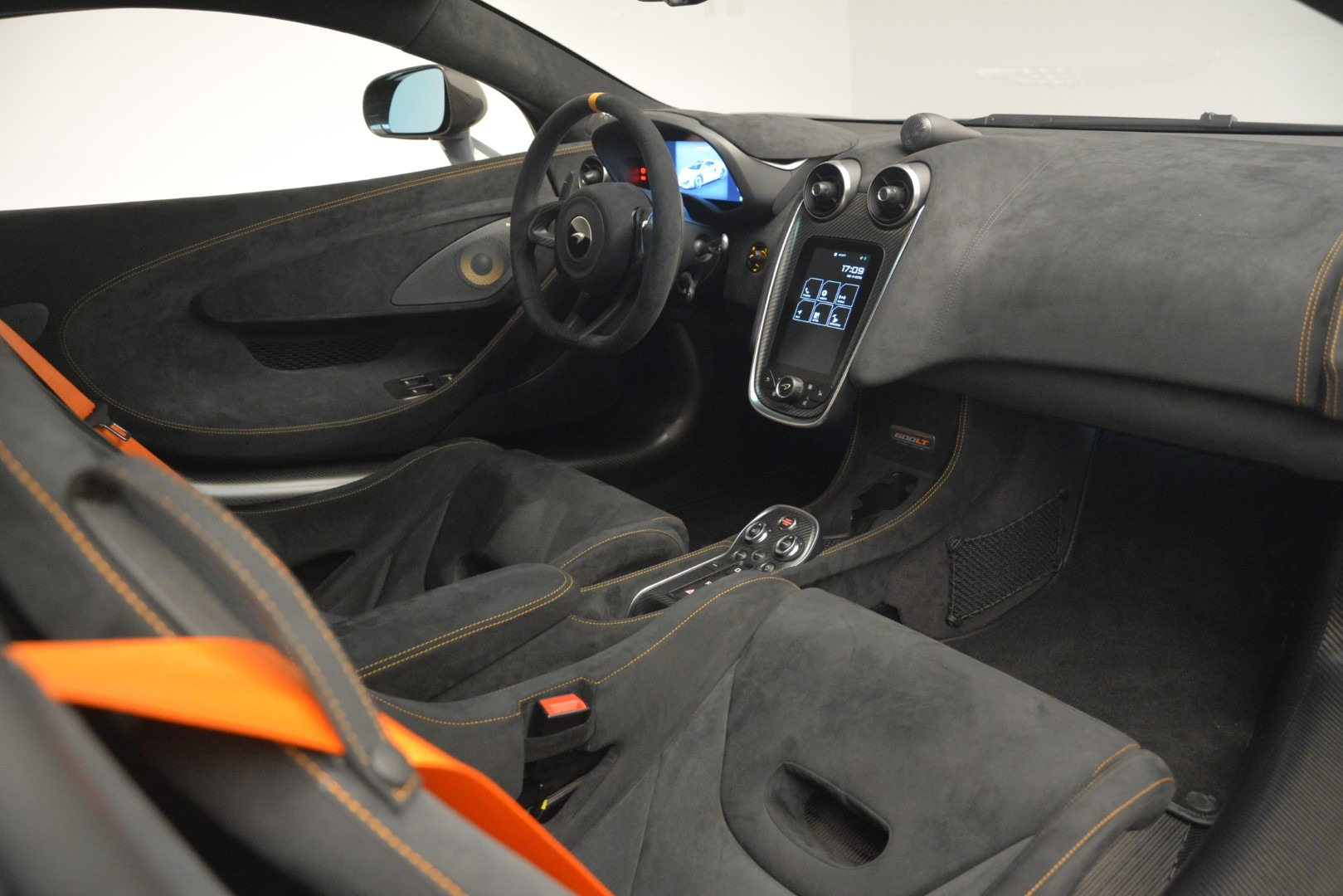 New 2019 McLaren 600LT Coupe For Sale In Greenwich, CT 3055_p20