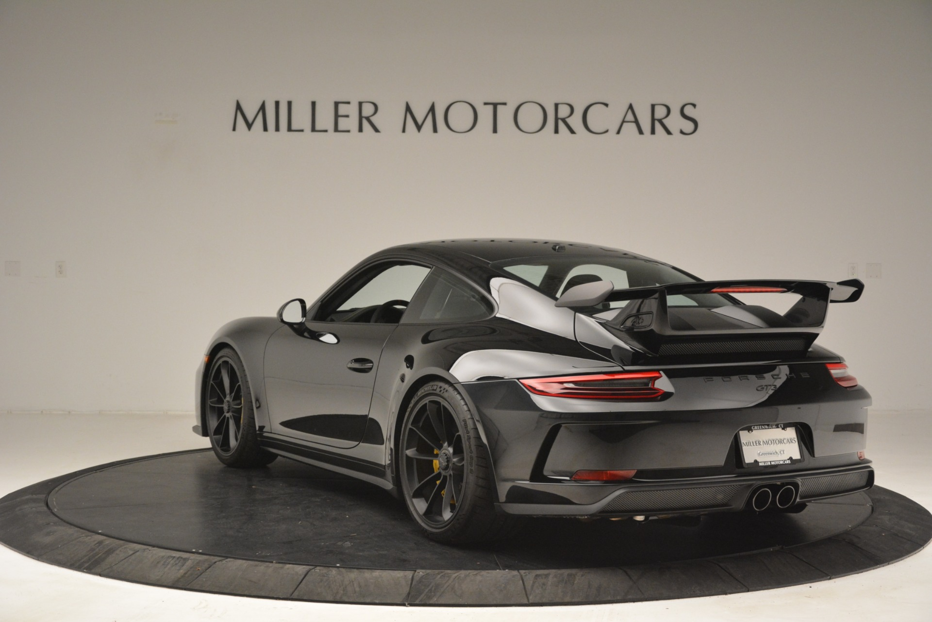 Used 2018 Porsche 911 GT3 For Sale In Greenwich, CT 3056_p4