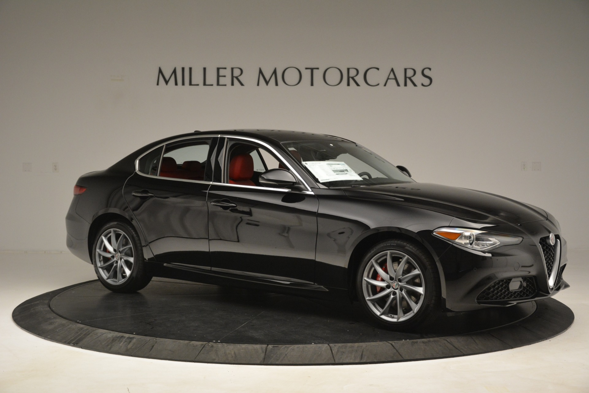 New 2019 Alfa Romeo Giulia Q4 For Sale In Greenwich, CT 3069_p10