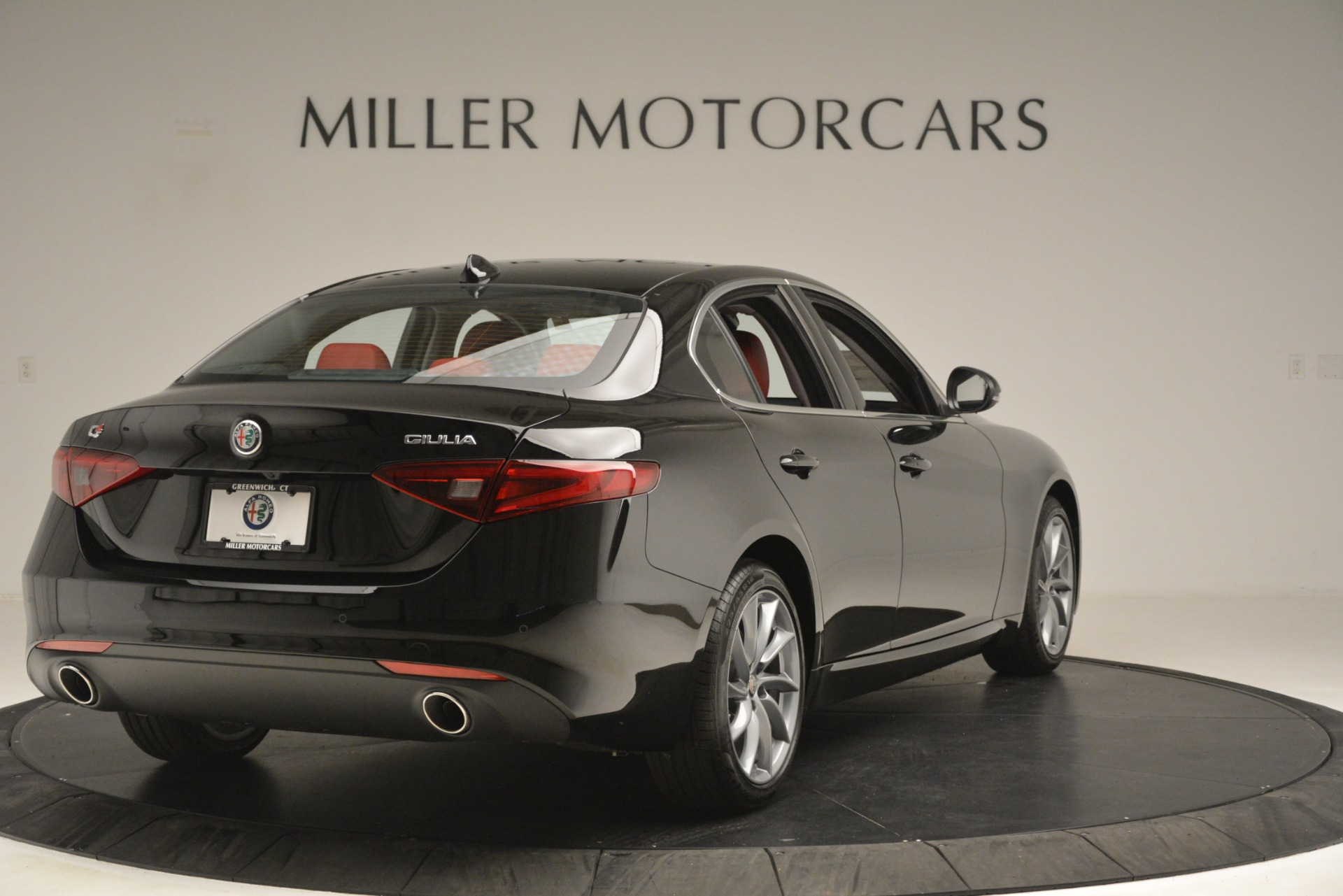 New 2019 Alfa Romeo Giulia Q4 For Sale In Greenwich, CT 3069_p7
