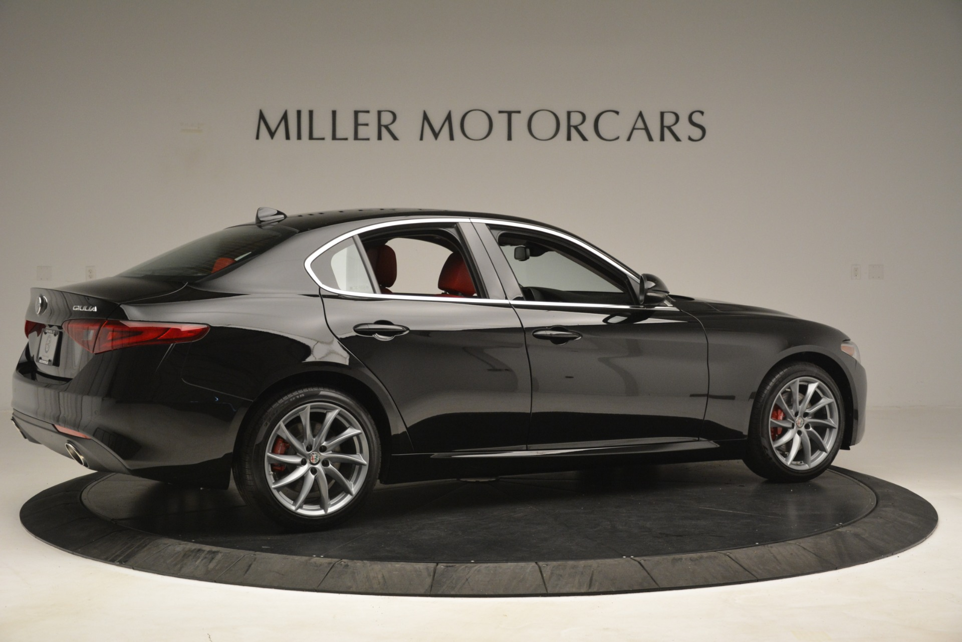 New 2019 Alfa Romeo Giulia Q4 For Sale In Greenwich, CT 3069_p8