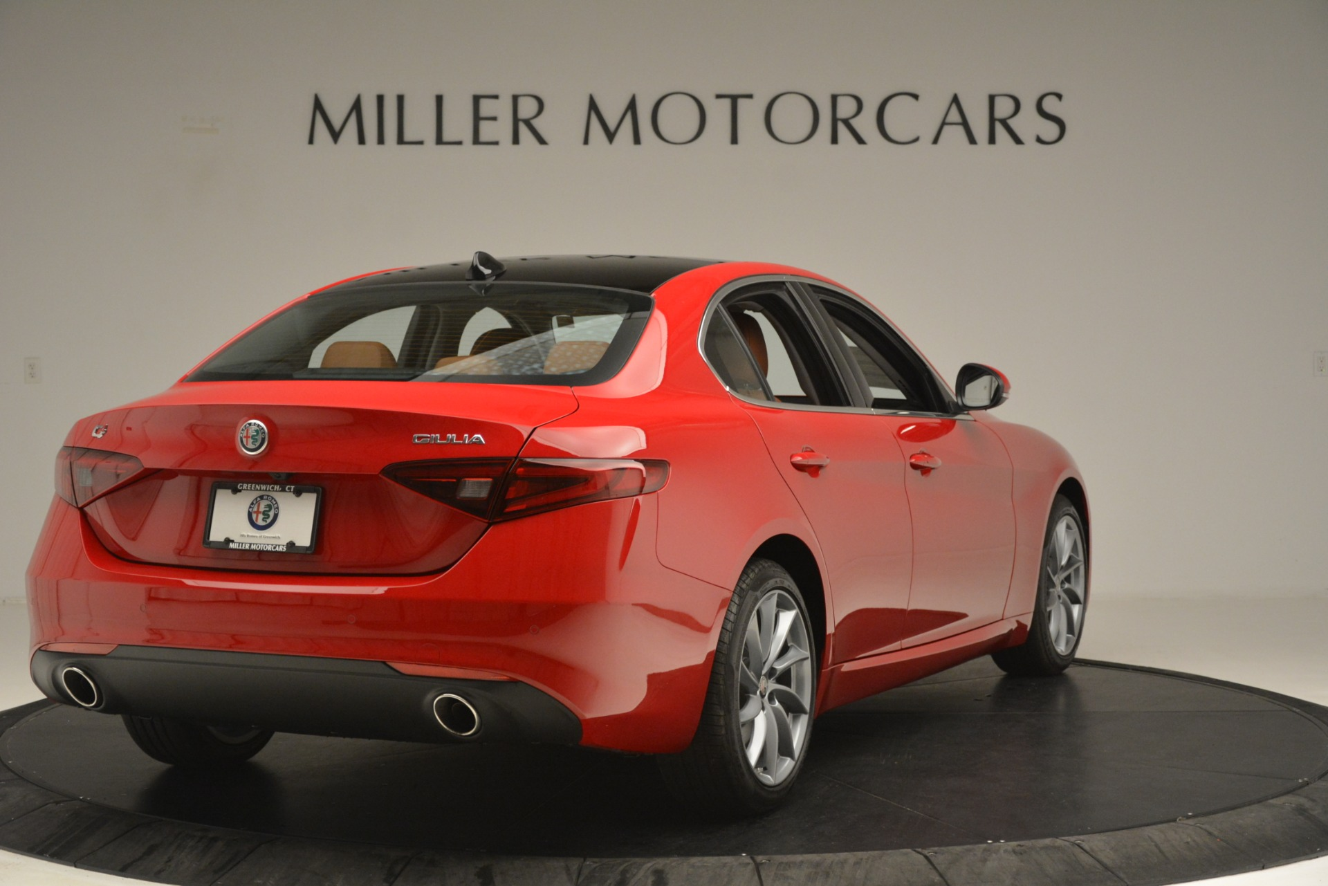 New 2019 Alfa Romeo Giulia Q4 For Sale In Greenwich, CT 3070_p7