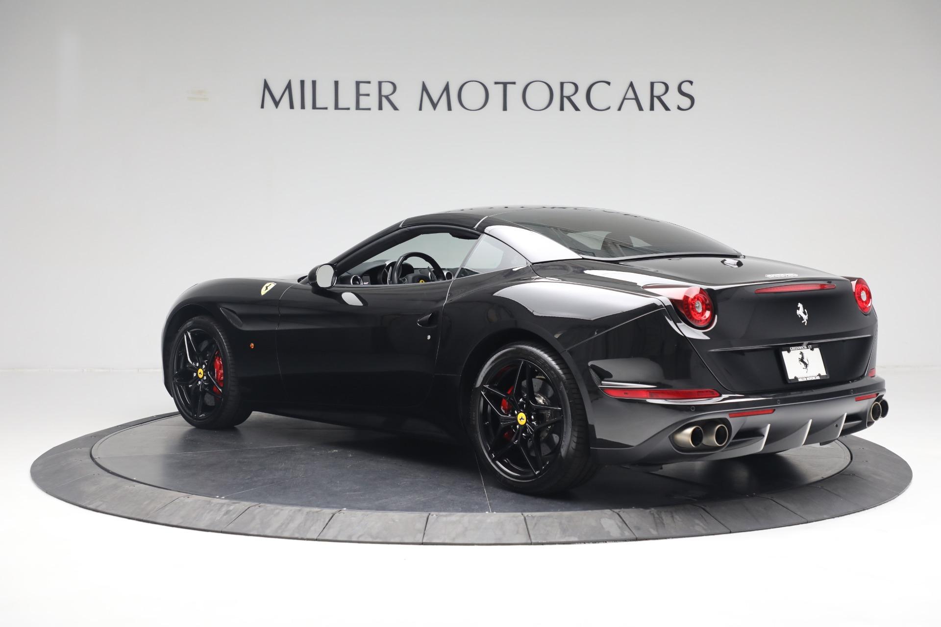 Used 2016 Ferrari California T  For Sale In Greenwich, CT 3082_p15