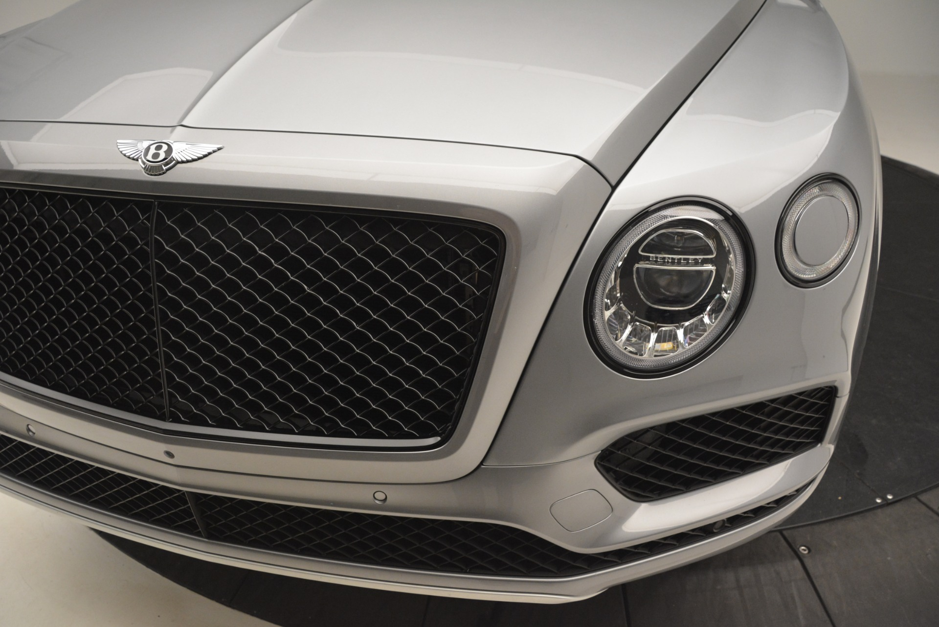 Used 2019 Bentley Bentayga V8 For Sale In Greenwich, CT 3084_p15