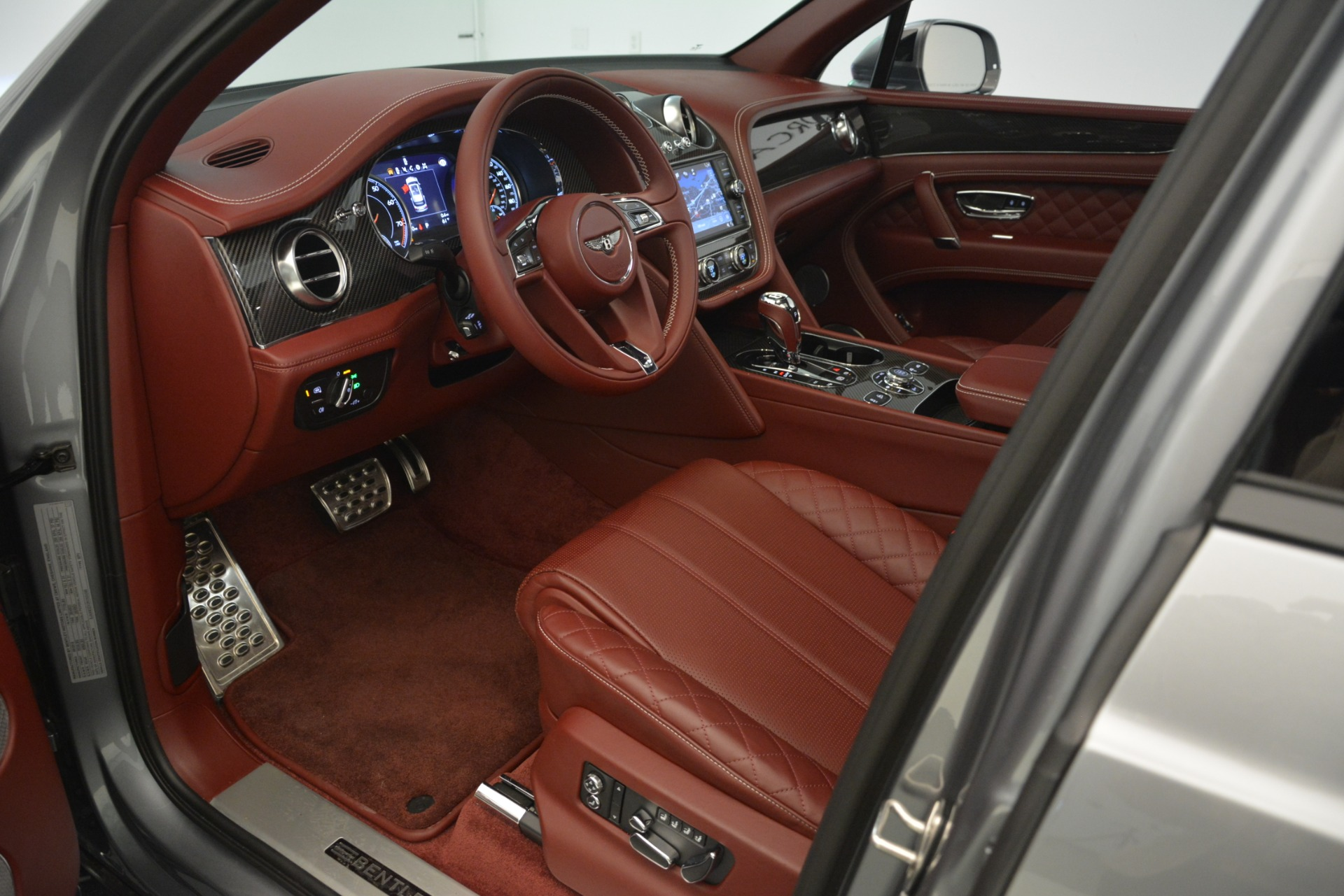 Used 2019 Bentley Bentayga V8 For Sale In Greenwich, CT 3084_p22