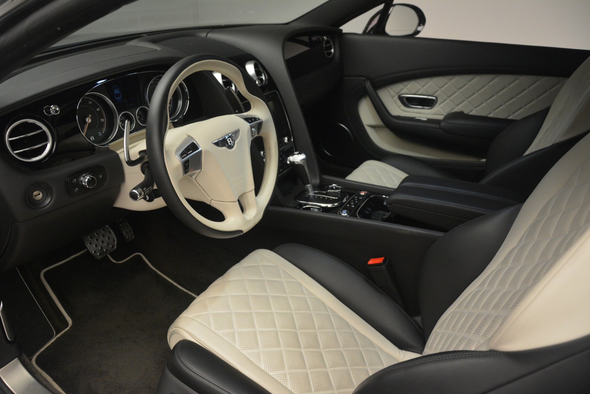 Used 2016 Bentley Continental GT V8 S For Sale In Greenwich, CT 3088_p17