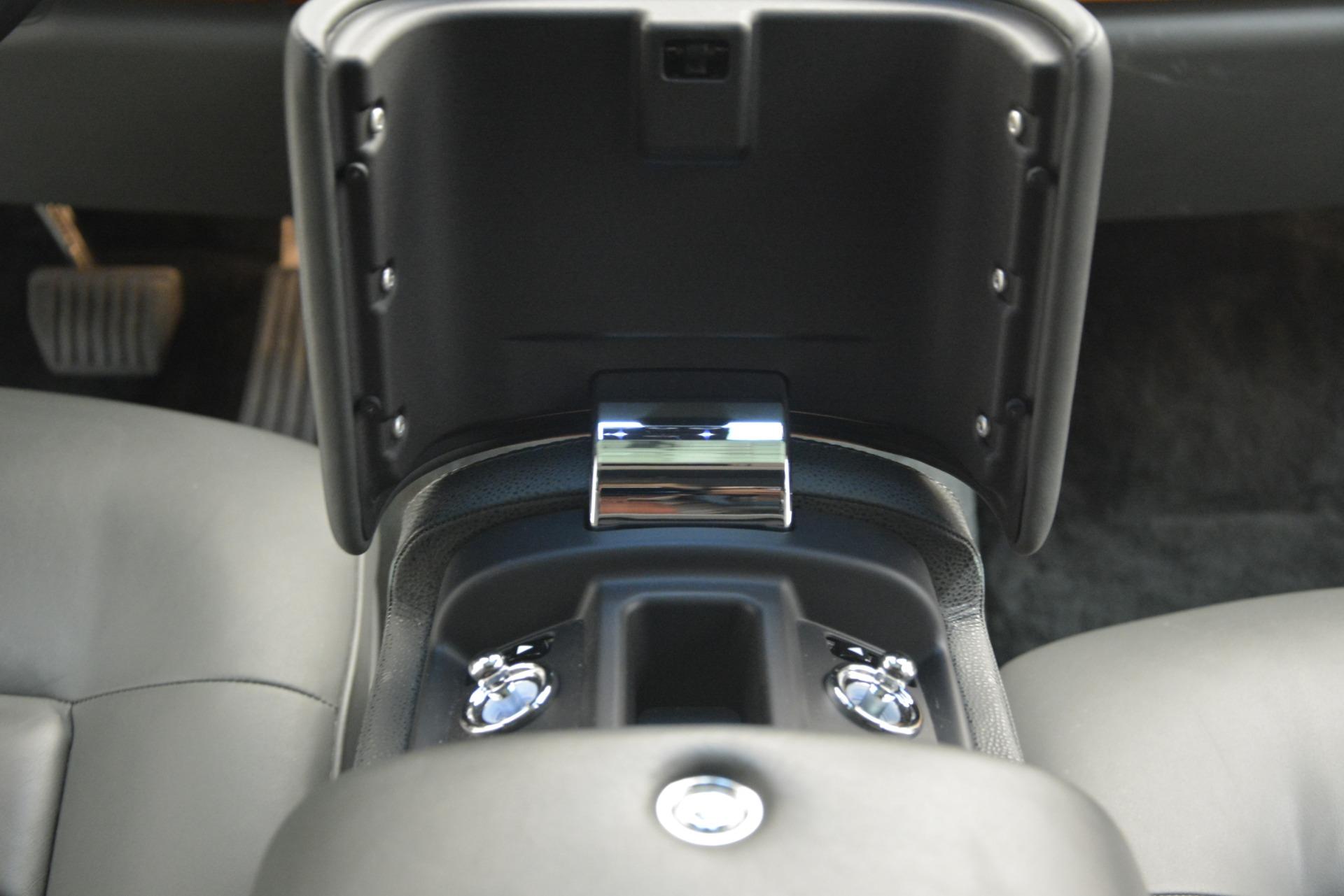 Used 2007 Rolls-Royce Phantom  For Sale In Greenwich, CT 3089_p34