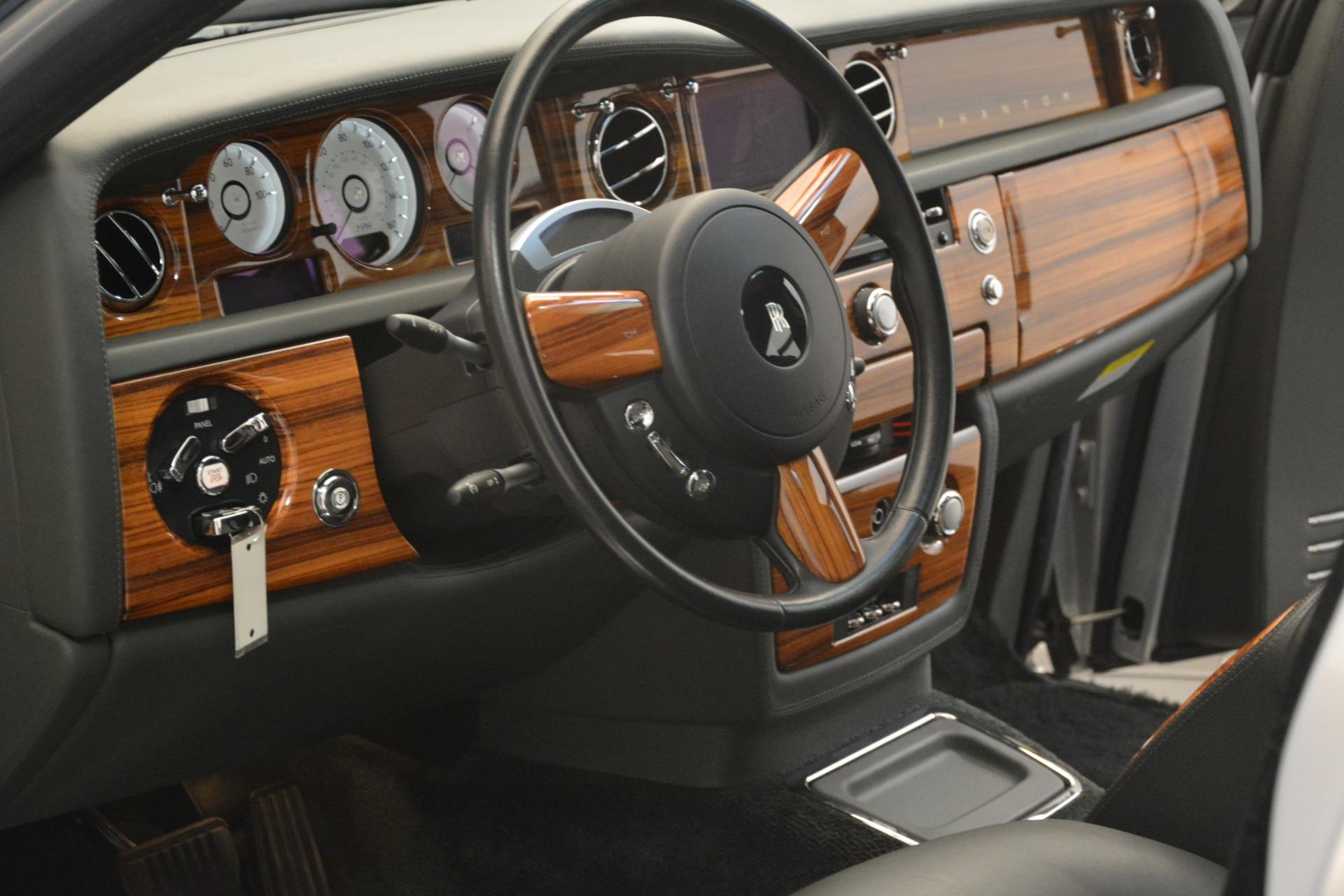 Used 2007 Rolls-Royce Phantom  For Sale In Greenwich, CT 3089_p40
