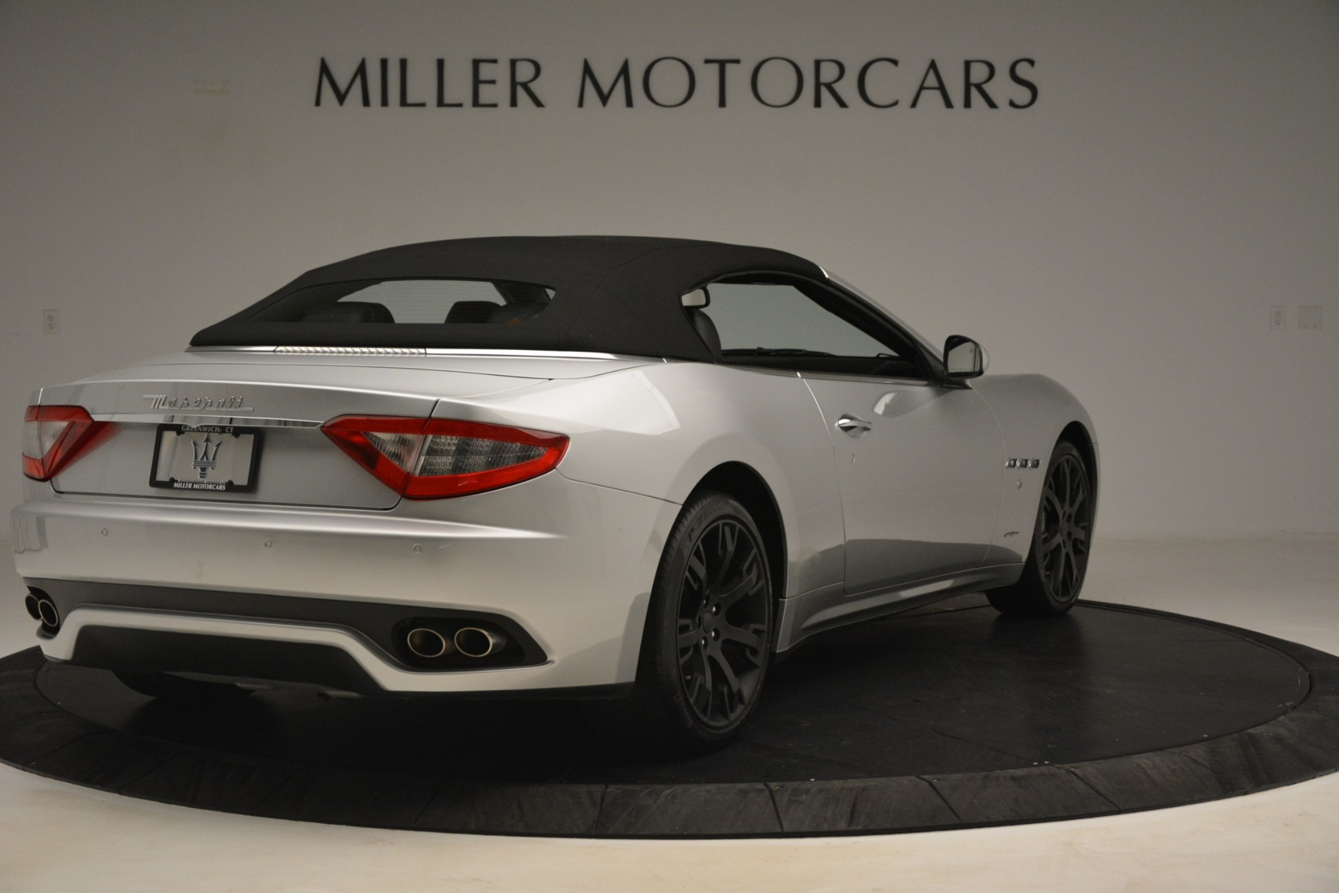 Used 2016 Maserati GranTurismo  For Sale In Greenwich, CT 3111_p16