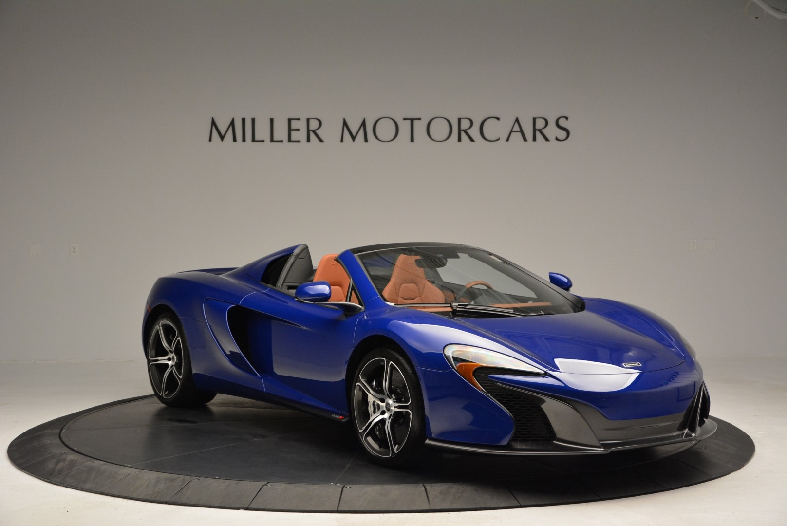 Used 2015 McLaren 650S Spider Convertible For Sale In Greenwich, CT 3112_p11