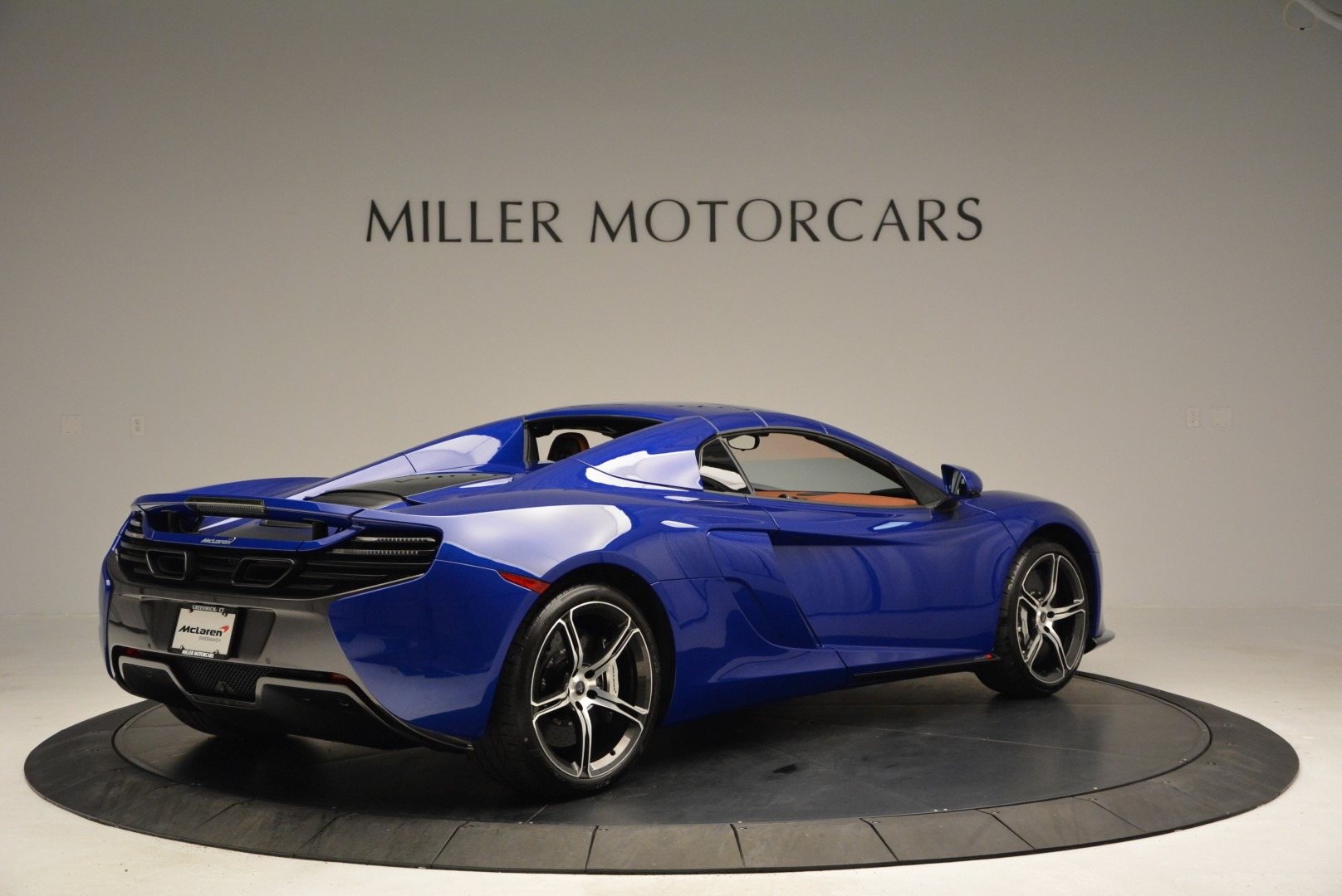 Used 2015 McLaren 650S Spider Convertible For Sale In Greenwich, CT 3112_p18