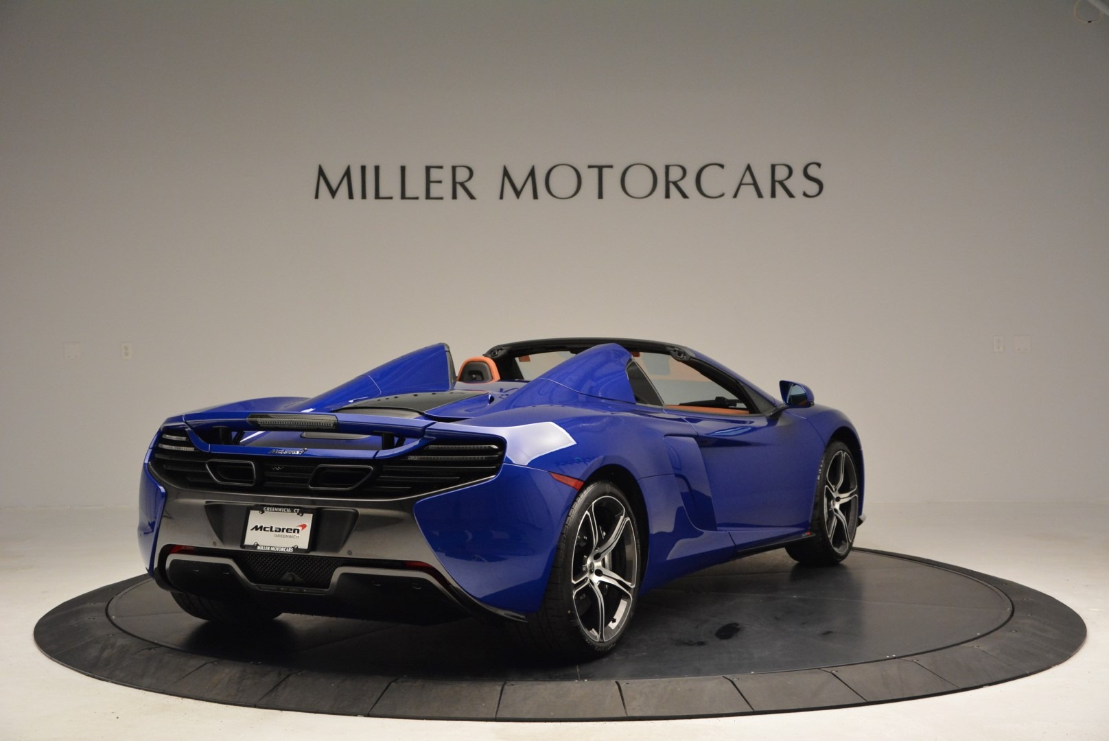 Used 2015 McLaren 650S Spider Convertible For Sale In Greenwich, CT 3112_p7