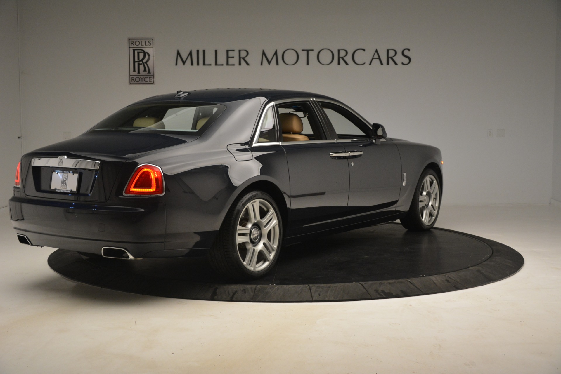 Used 2015 Rolls-Royce Ghost  For Sale In Greenwich, CT 3113_p11